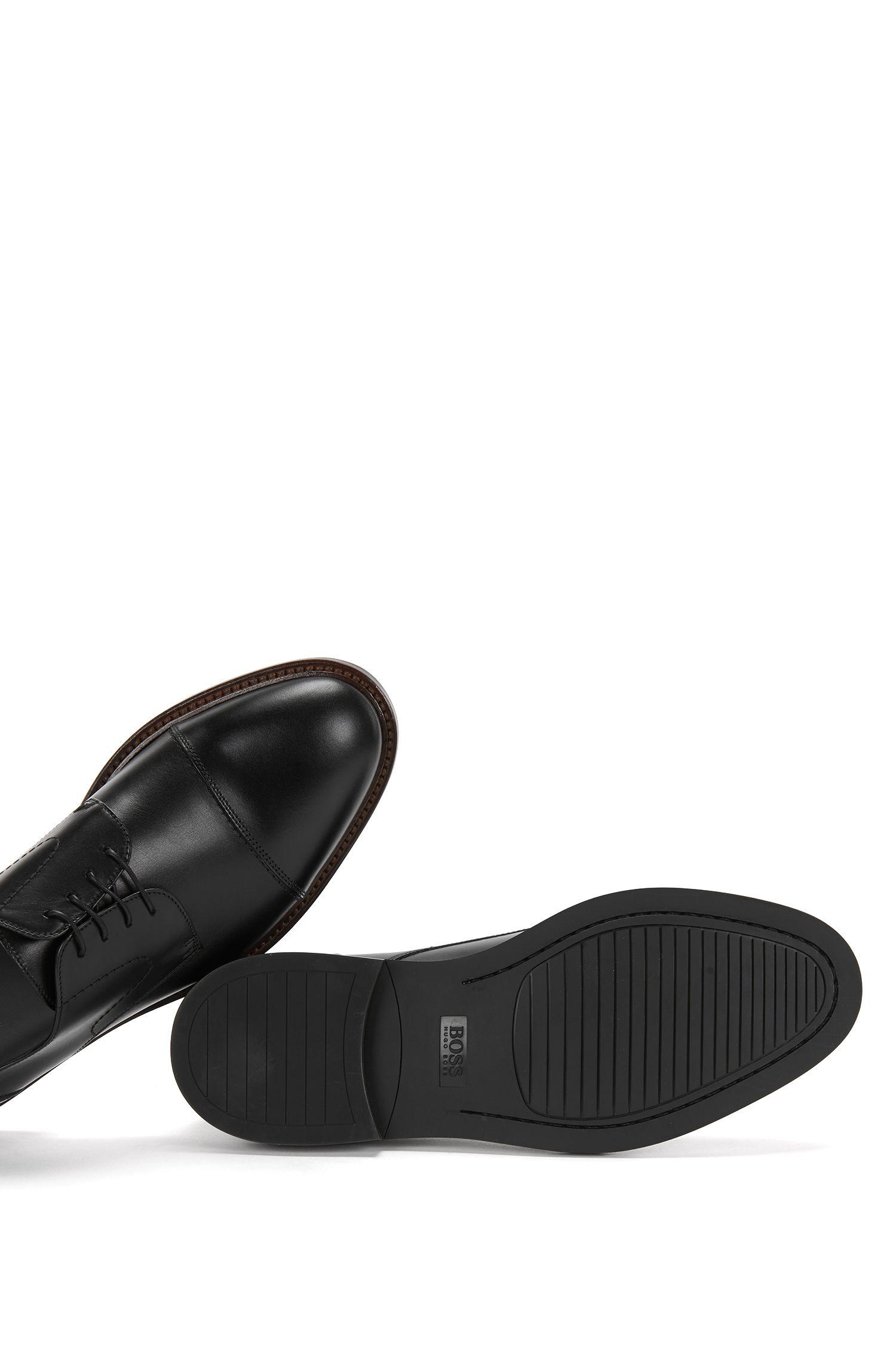 Chaussures à lacets en cuir avec des coutures décoratives: «Ocean_Derb_ltct»