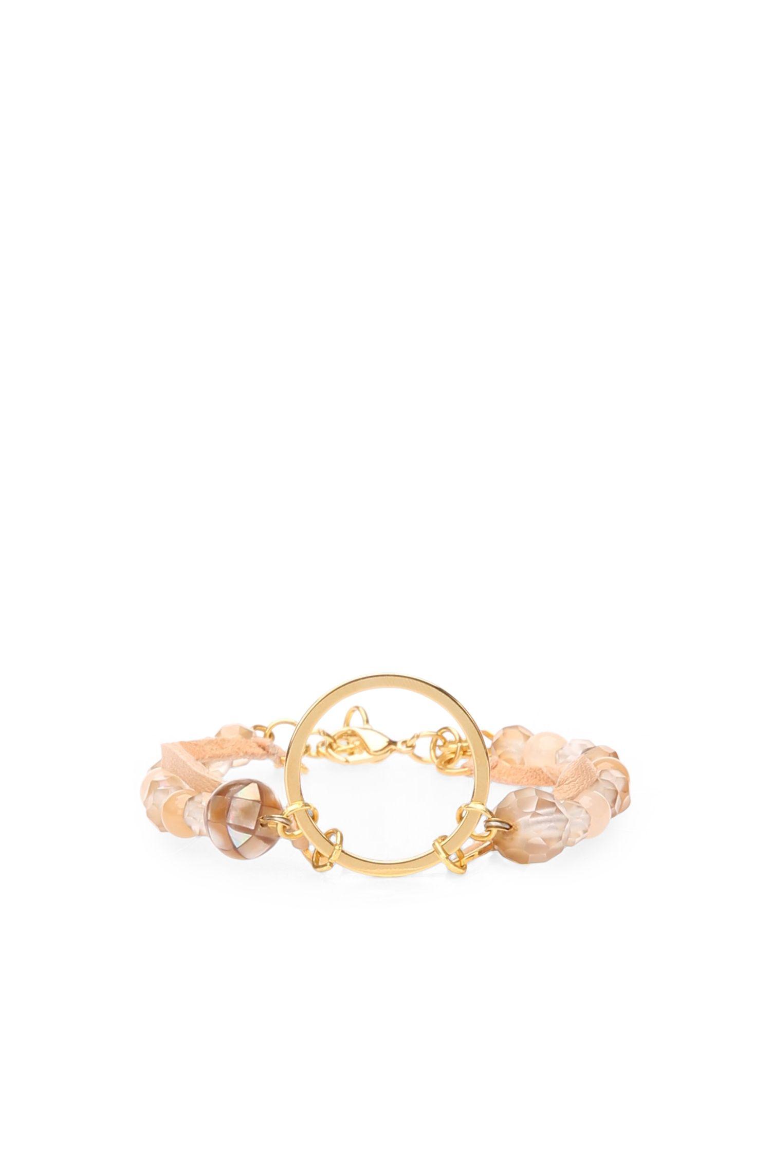 Armband van leer en glazen parels bestaande uit twee rijen: 'Maris'