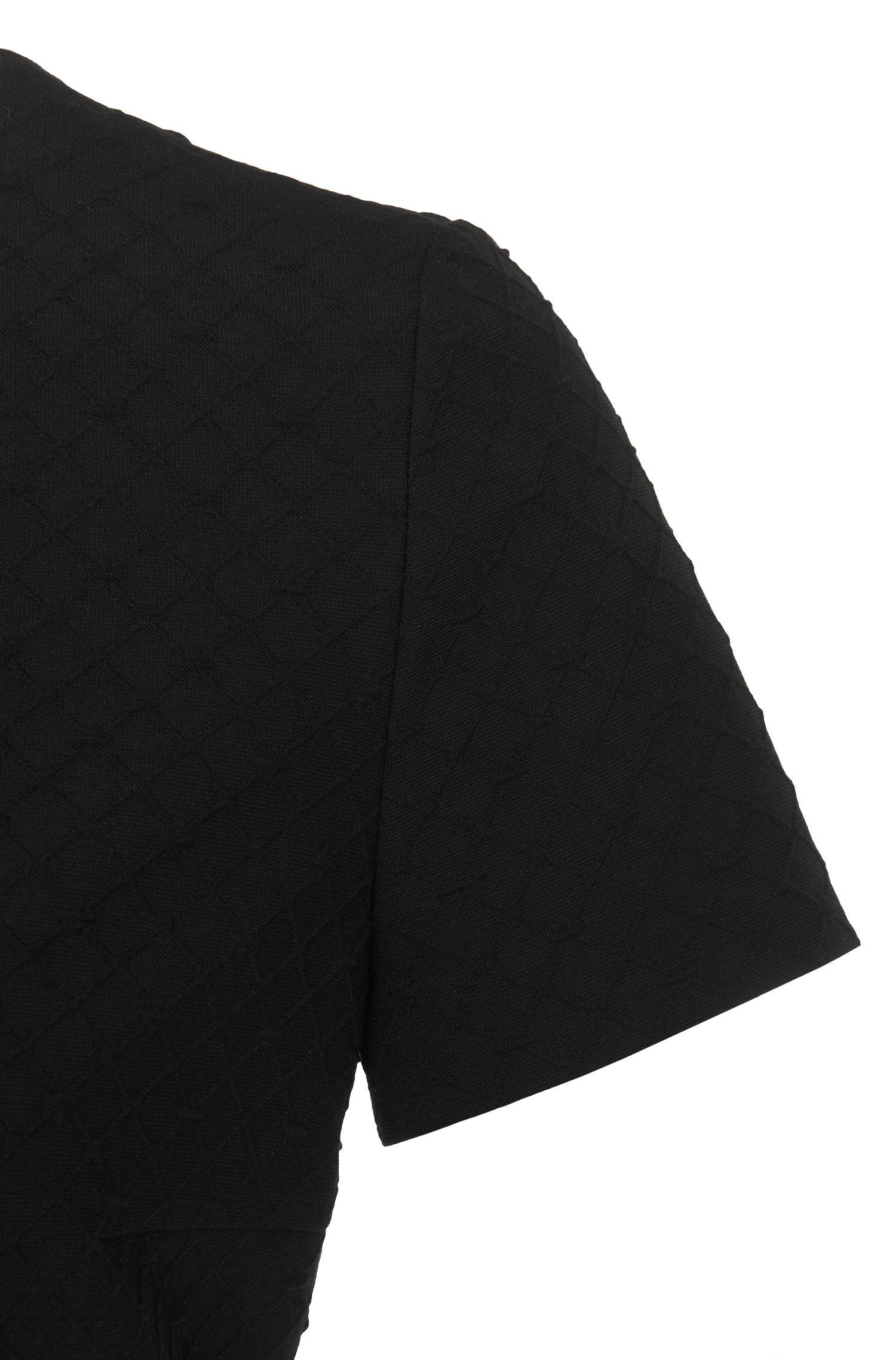 Kurzarm-Kleid aus strukturiertem Gewebe: 'Kaorie'