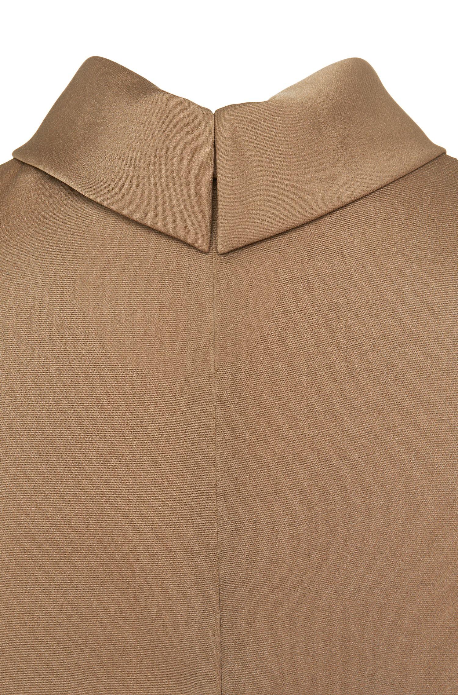 Haut à manches courtes en soie stretch: «Cyaan-1»