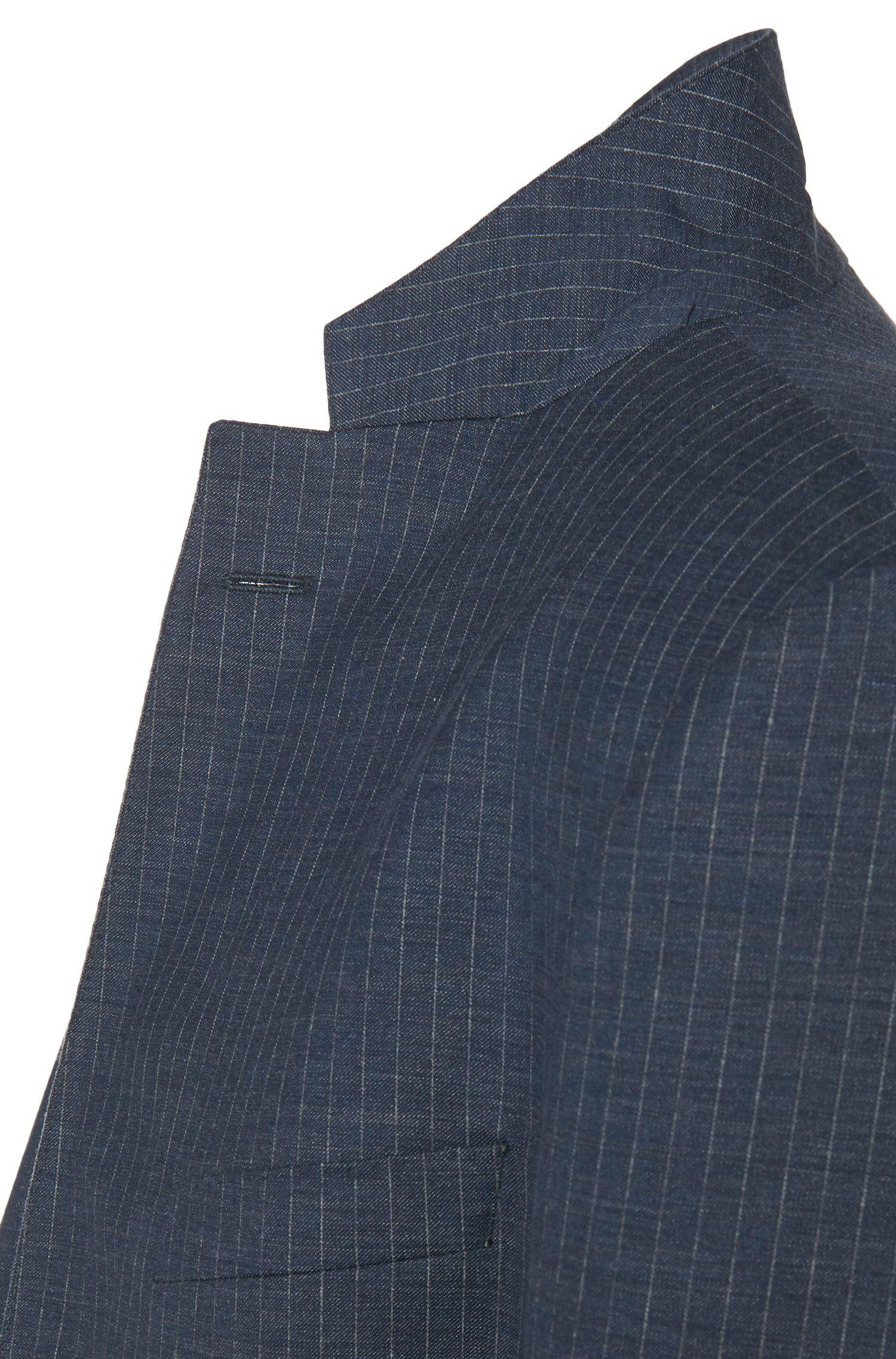 Fijngestreept, slim-fit kostuum van een scheerwolmix met halve voering: 'Nortan/Benno'