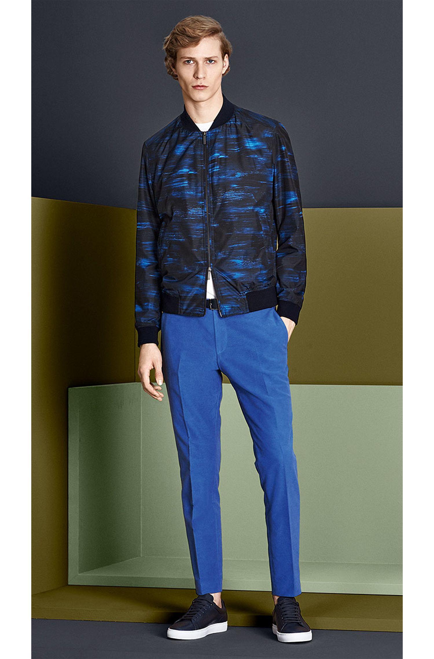 Slim-Fit T-Shirt aus Baumwolle mit Front-Print: 'Tessler 29'