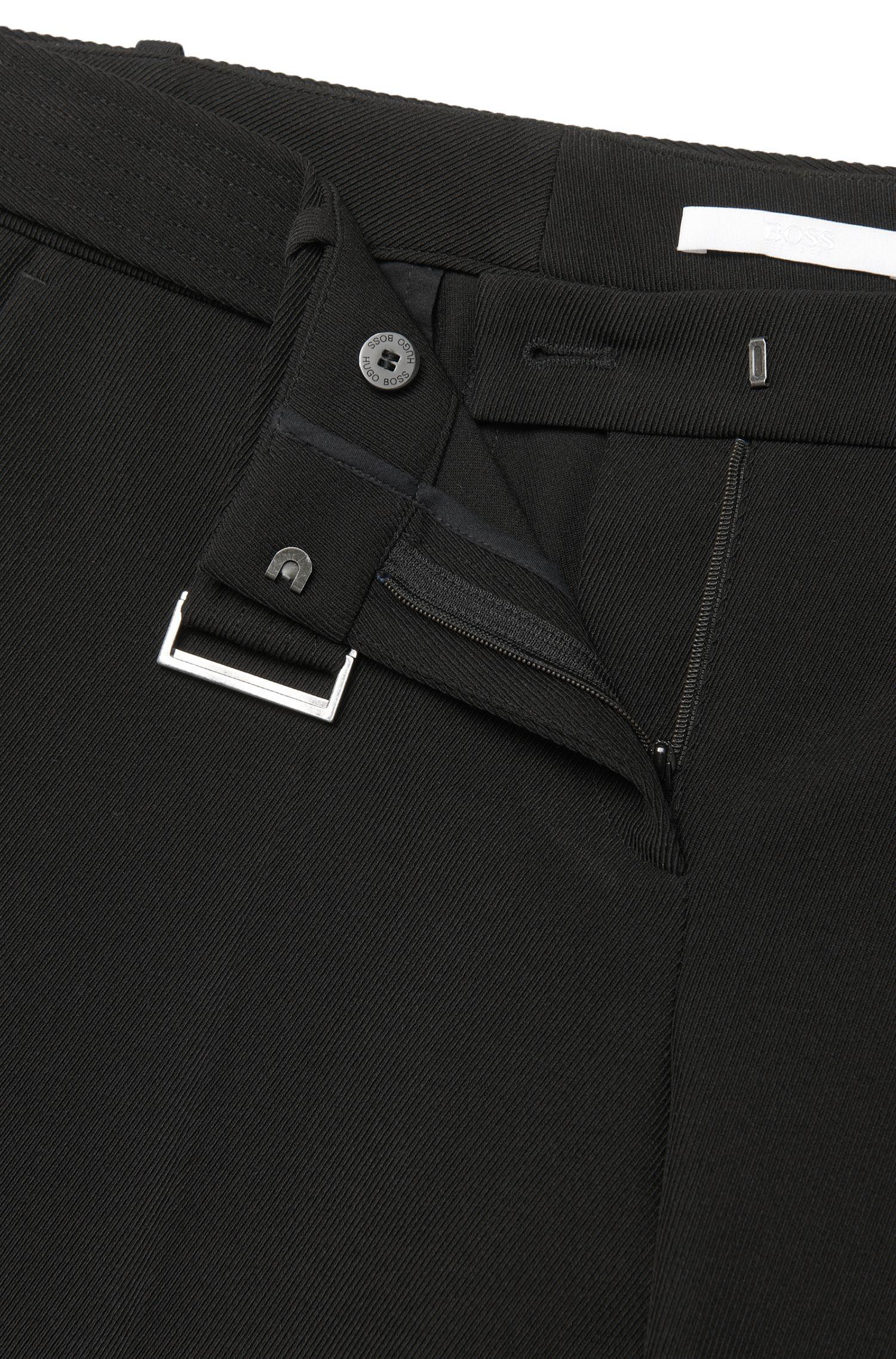 Pantalon à plis marqués Relaxed Fit doté d'une ceinture: «Aliama»