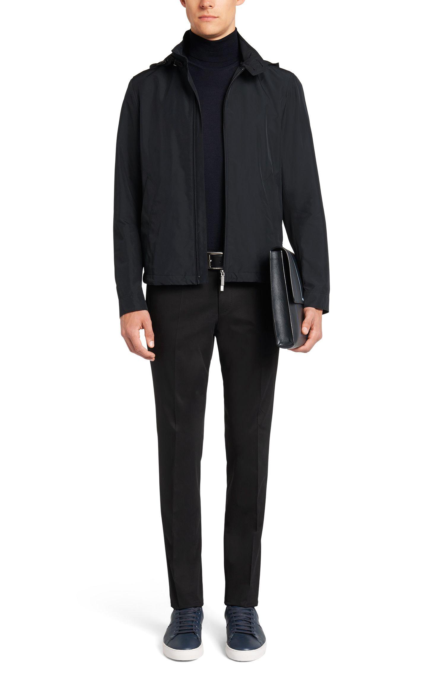 Waterafstotende jas met afneembare capuchon uit de Travel Line-collectie: 'Cowan'