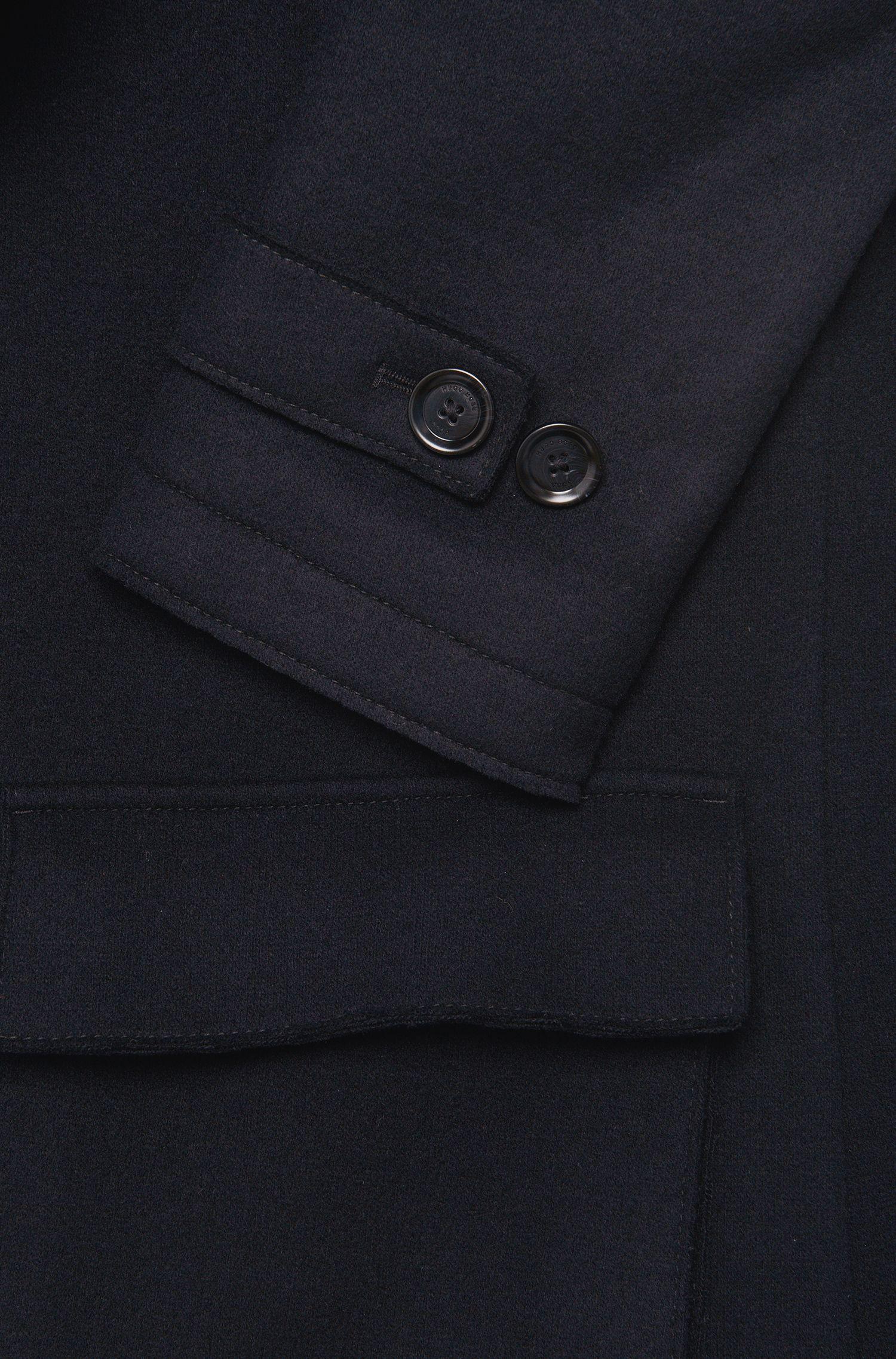 Jacke aus Woll-Mix mit Riegel in Leder-Optik: 'Callun'