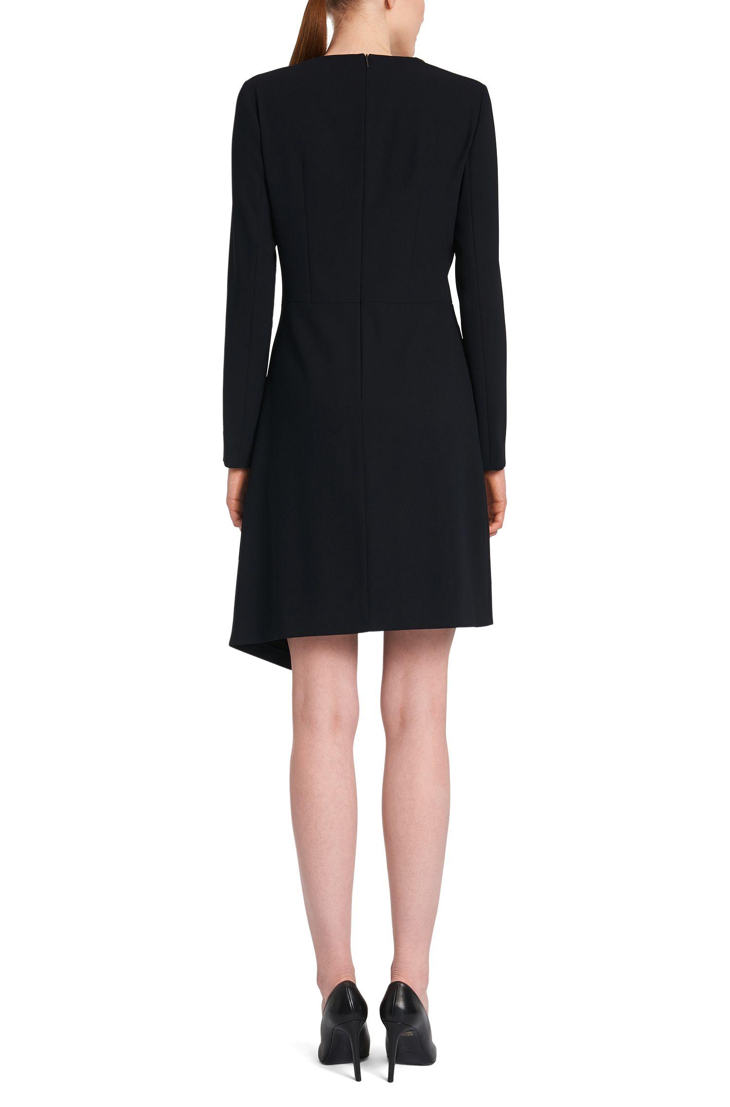 Kleid mit Kontrastblende und asymmetrischem Saum: 'Himera'