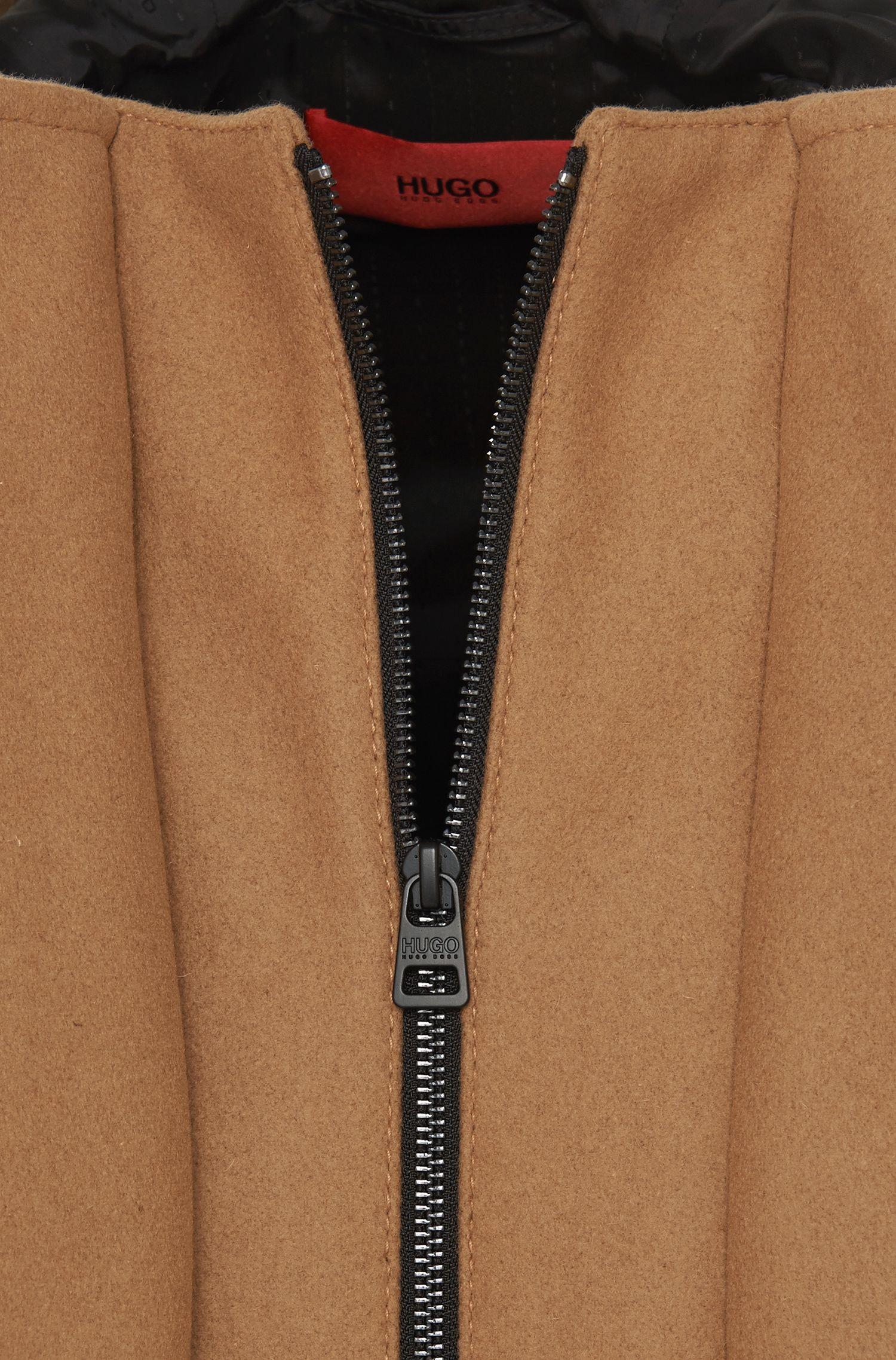 Manteau en laine vierge mélangée avec des détails à effet cuir: «Mektor»