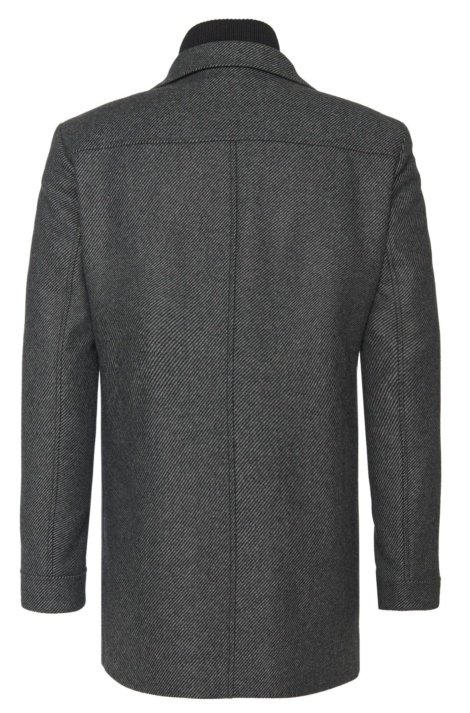 Gestreifte Jacke aus Material-Mix mit fixierter Reißverschlussblende: 'Barelto':