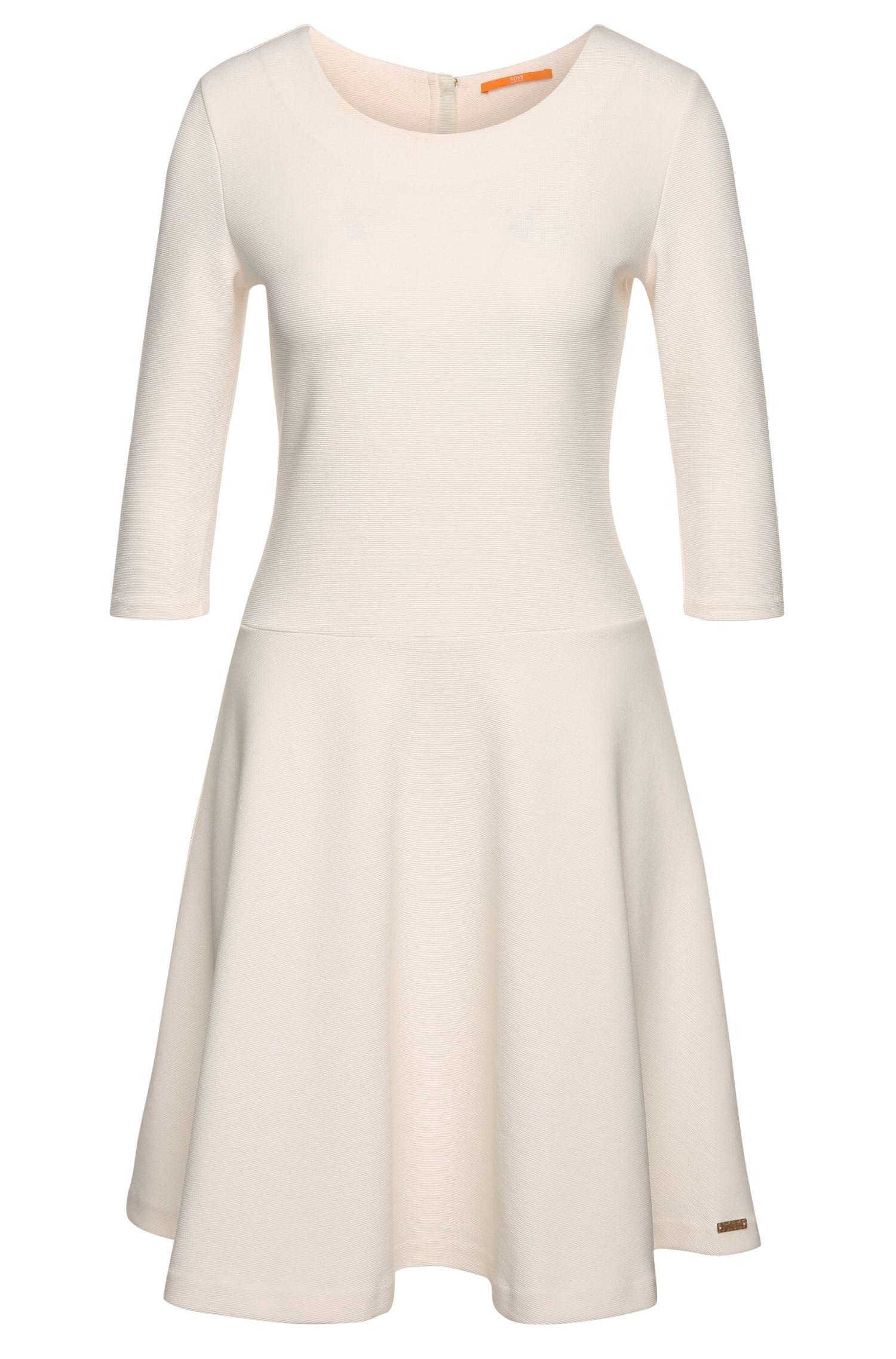 Schwingendes Kleid aus texturiertem Baumwoll-Mix: ´Dipleat`