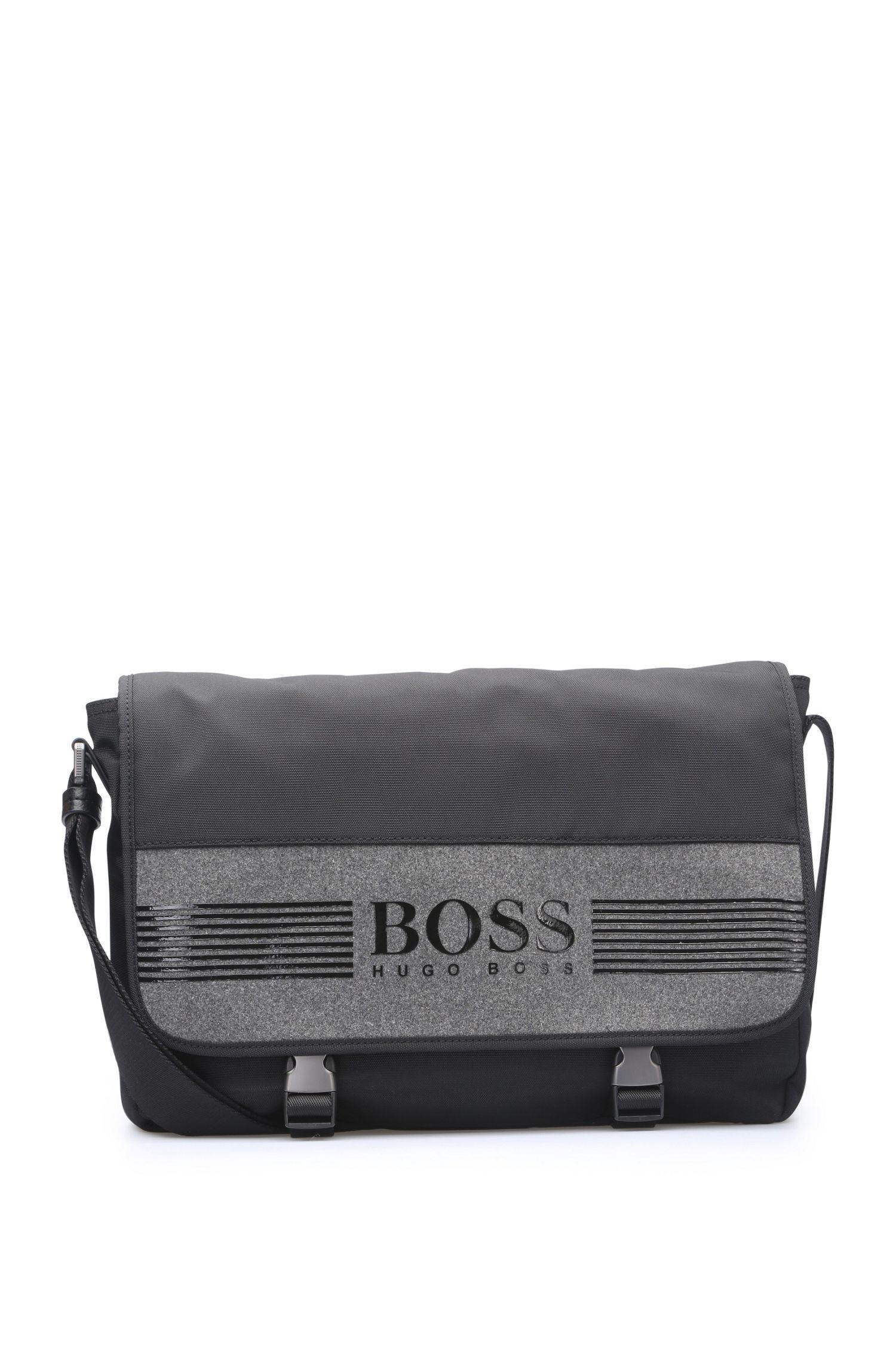 Messenger-Tasche aus Nylon und Filz mit Umschlag: ´Pixel F_Mess flap`