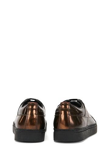 Sneakers aus Leder in Metallic-Optik: 'Futurism_Tenn_ltmt', Braun