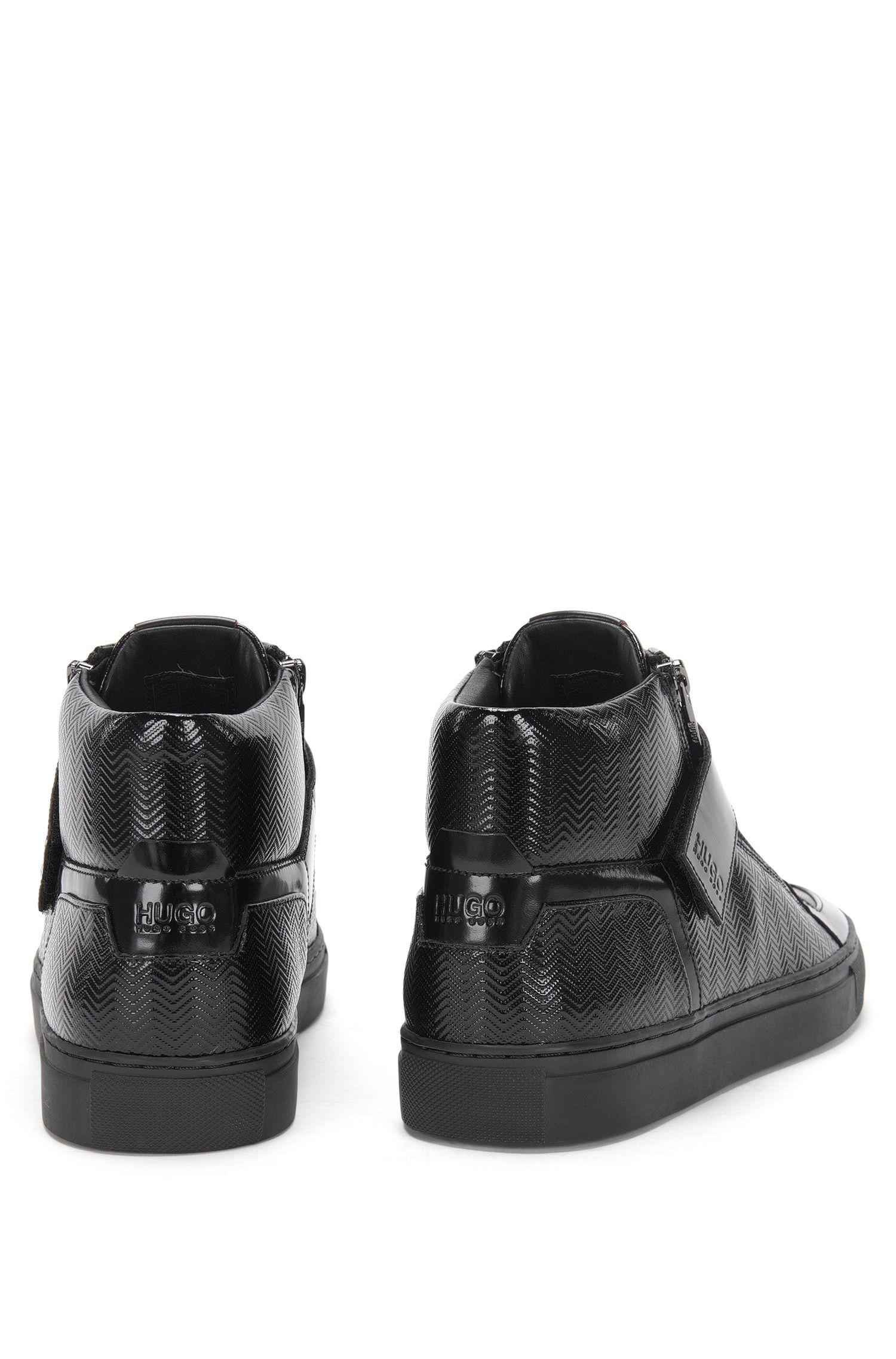 Hoge sneakers van leer met zigzagstructuur: 'Futurism_Midc_mtpr'