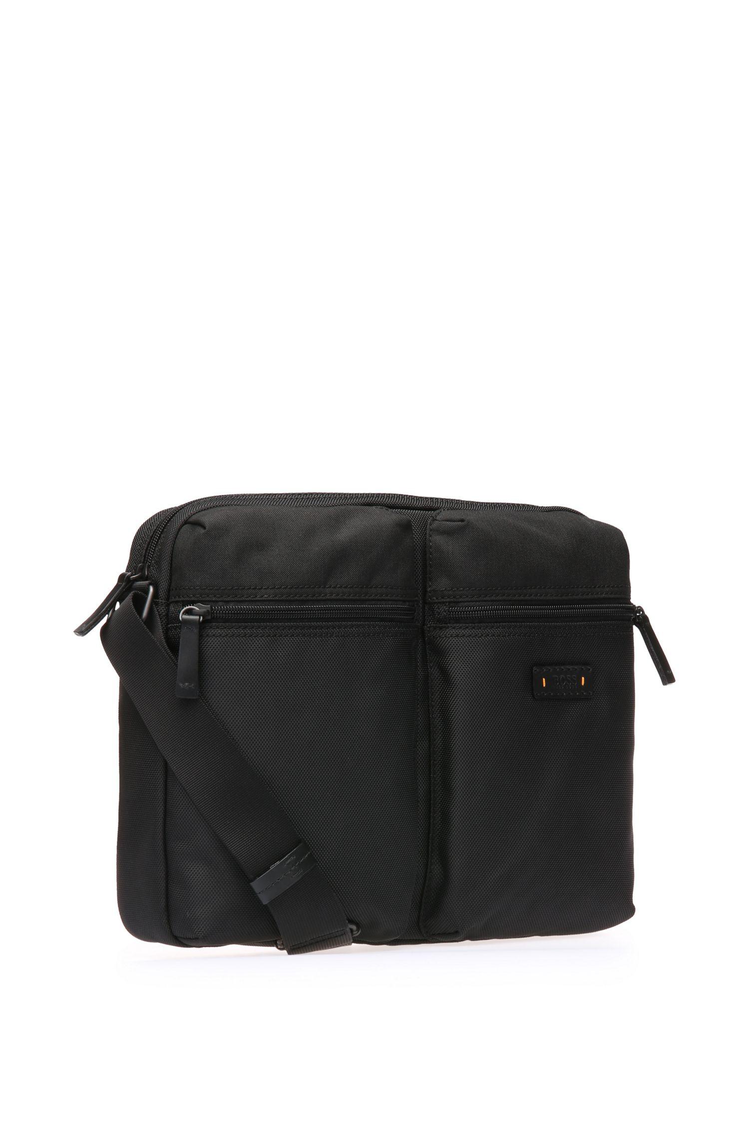 Messenger bag van gestructureerd nylon: 'Saturn_Mess zip'