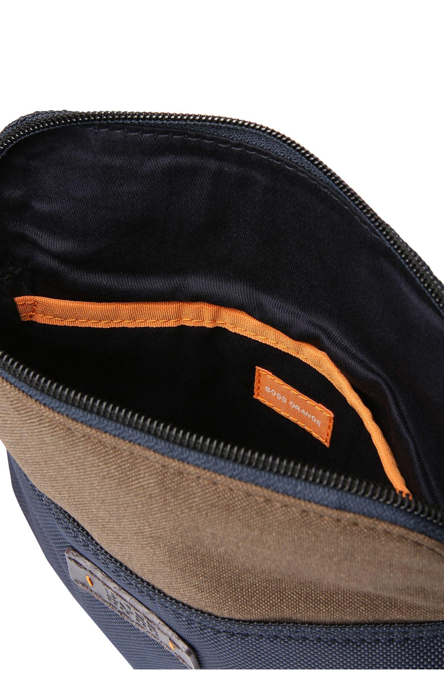 Kleine schoudertas van gestructureerd nylon: 'Saturn_S zip env'