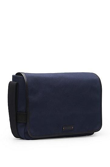 Messenger-Tasche aus Canvas mit Lederbesätzen: ´Adventure_Mess flapp`, Dunkelblau