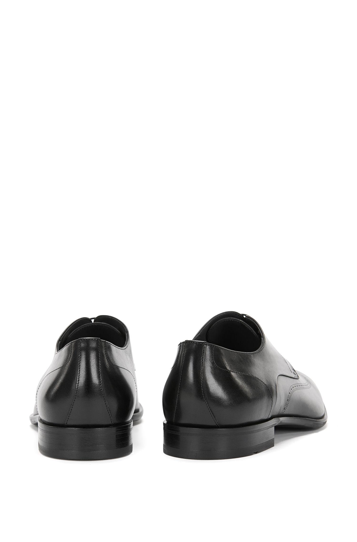 Schnürschuhe aus Leder mit Lochmuster: 'Chelsea_Derb_ltwt'