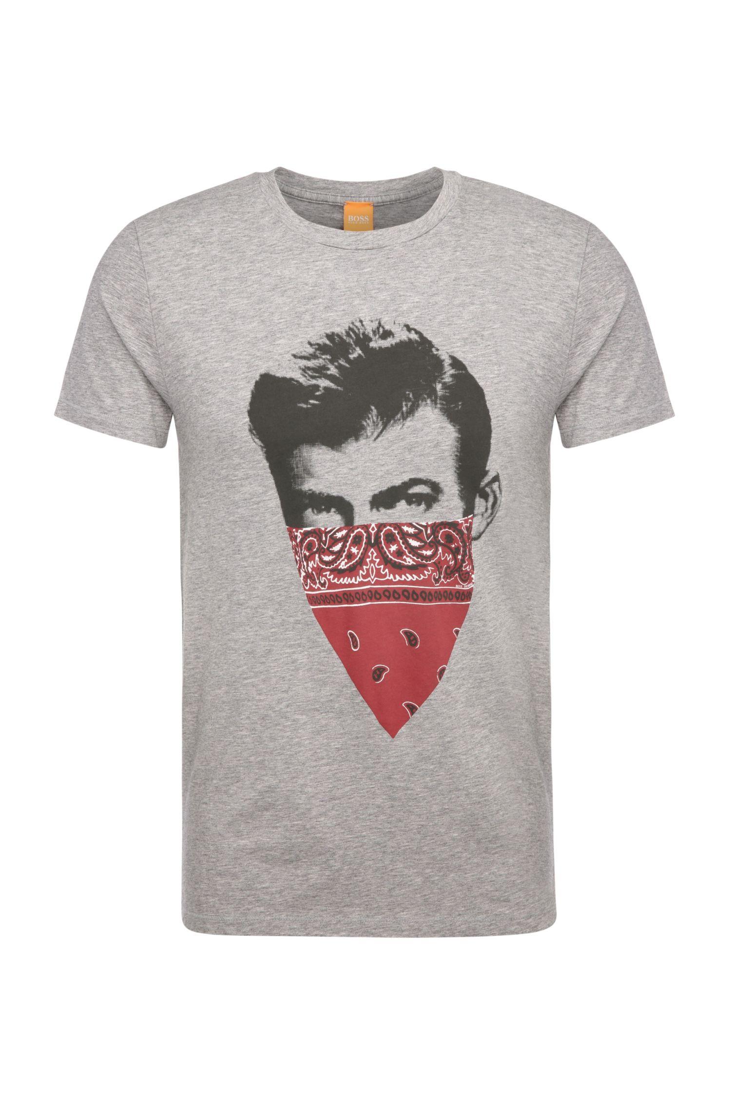 Smal shirt van pima-katoen met print: 'Tayé 1'