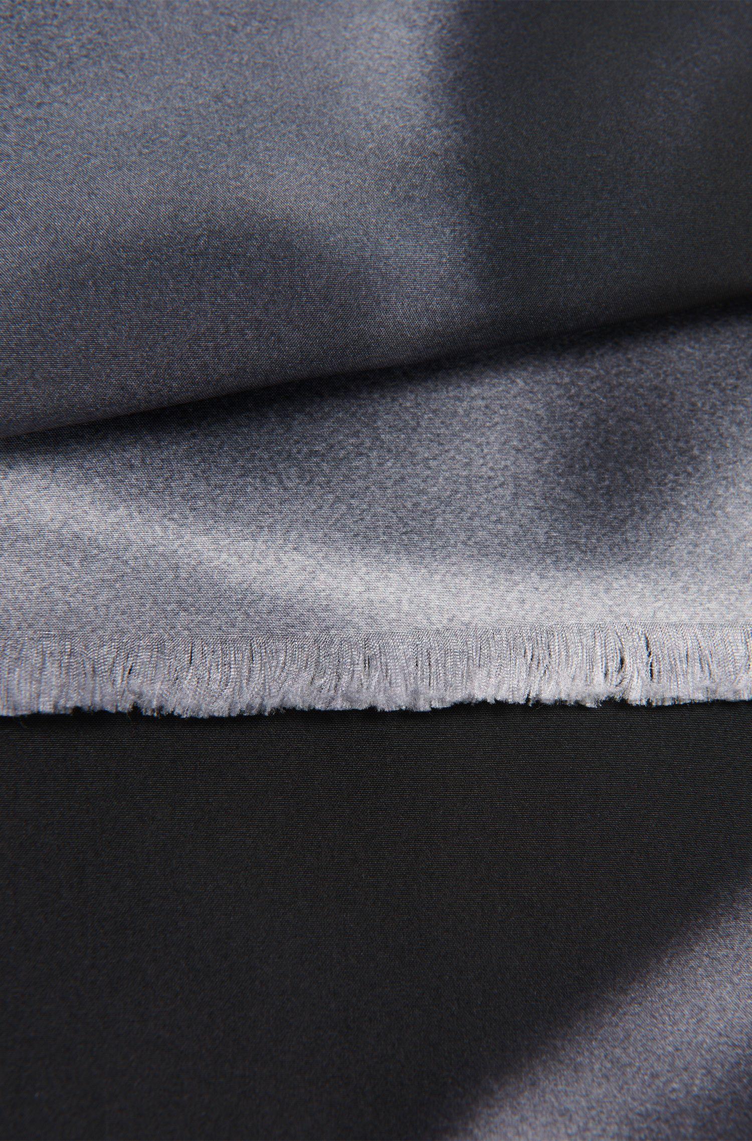 Sjaal van zijde met kleurverloop: 'Scarf cm 180x17'