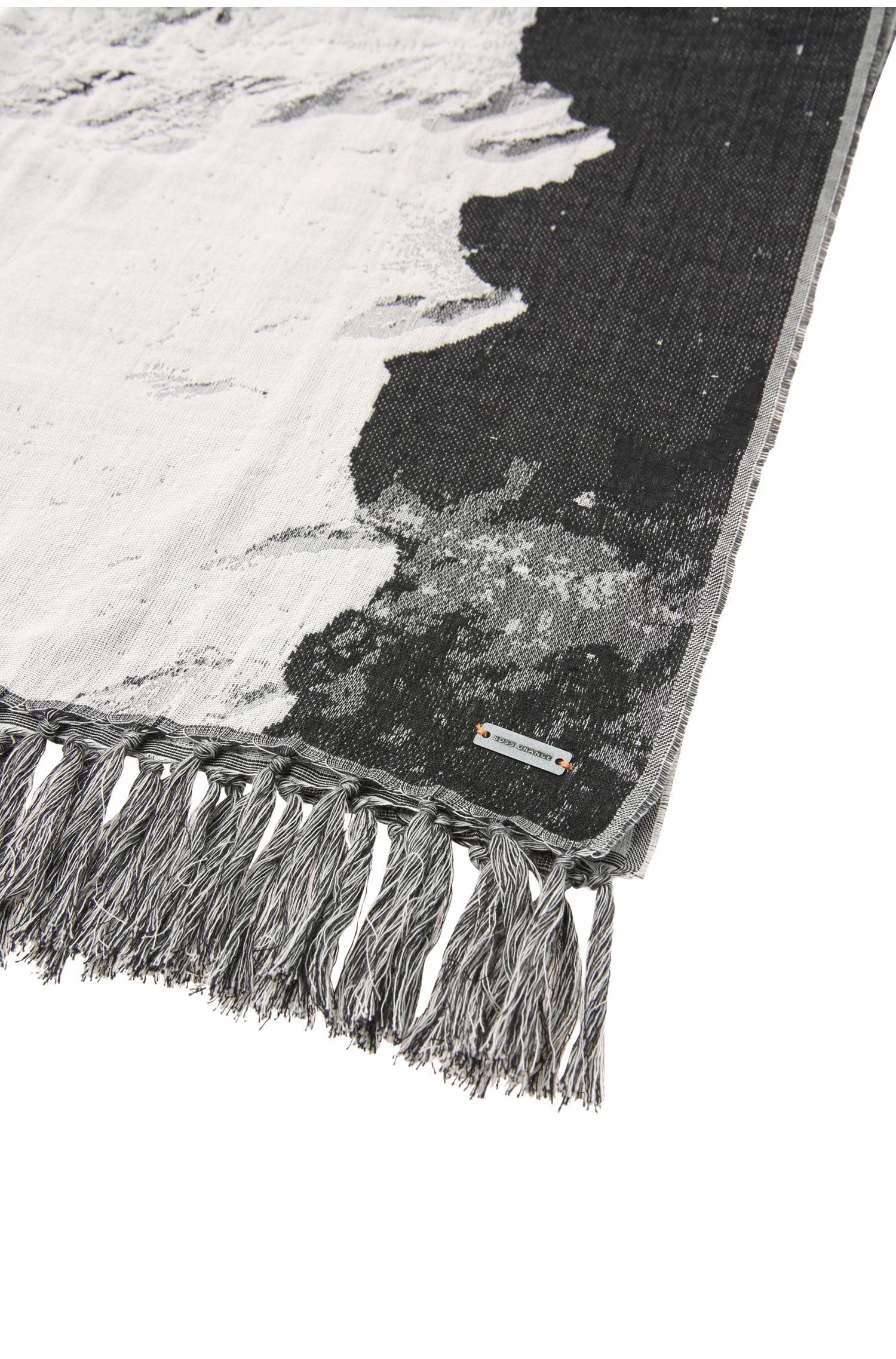 Gemusterter Schal aus Baumwoll-Mix in lockerer Webstruktur: ´Norwinn`