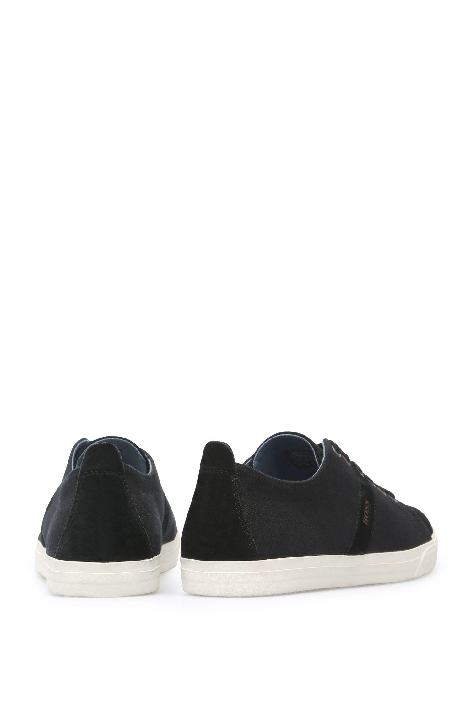 Sneakers aus Veloursleder und Textil mit Kontrastsohle: ´Bushwick_Tenn_cv`