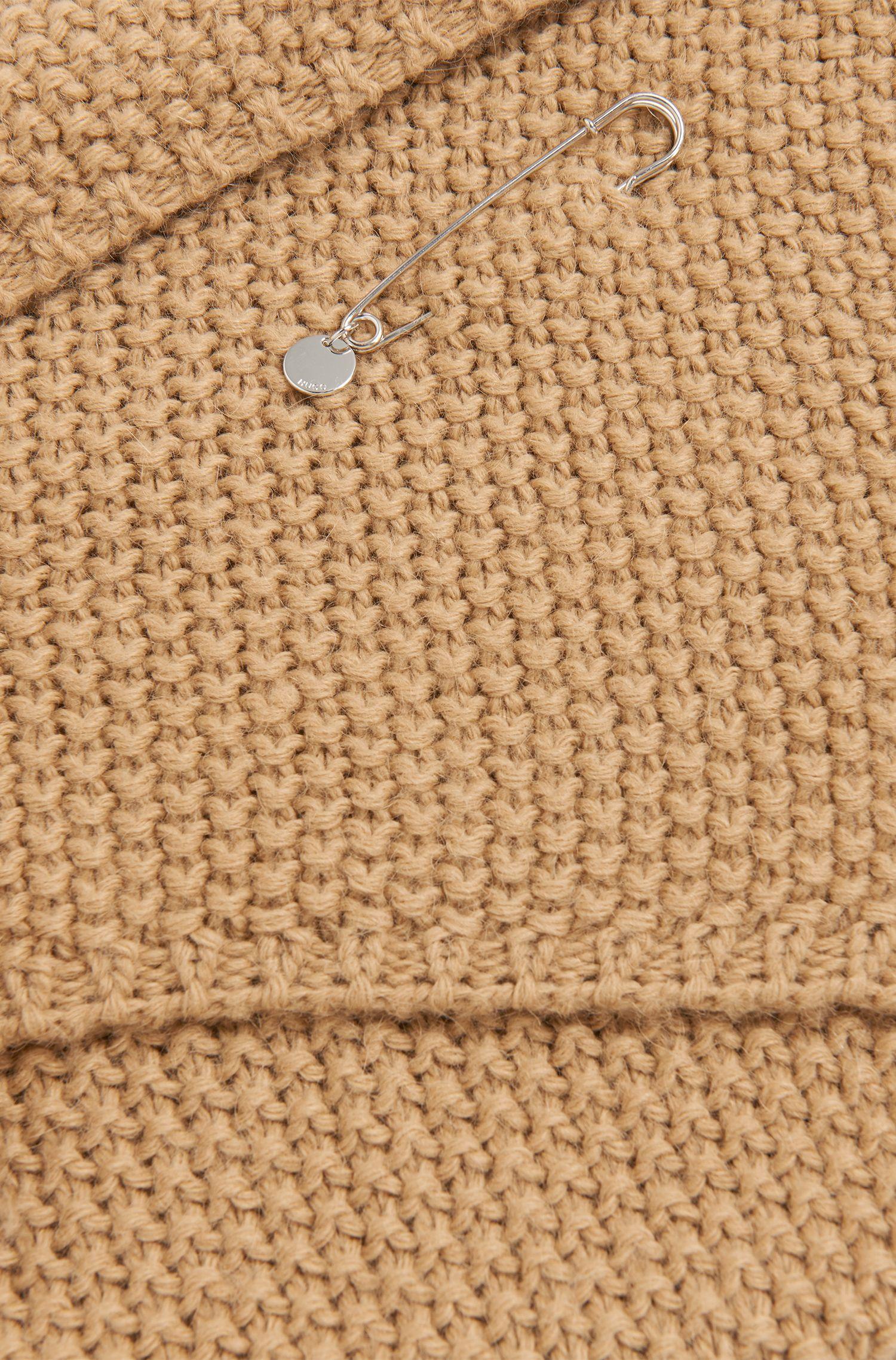 Unifarbener Schal aus Alpaka-Mix mit Wolle mit Fixier-Nadel: 'Women-Z 524'