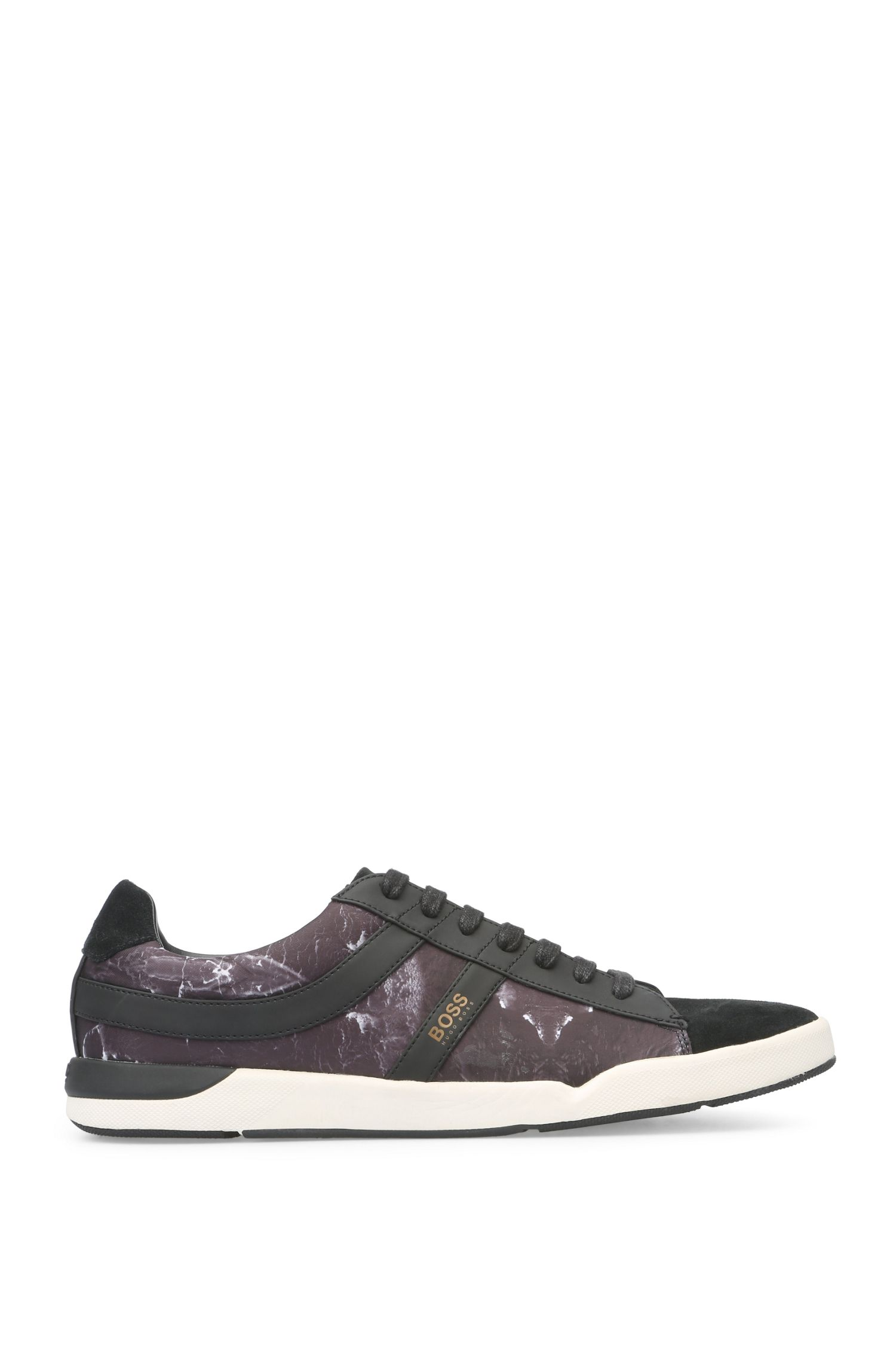Trainers in a material mix of textile and suede: 'Stillnes_Tenn_nypr'