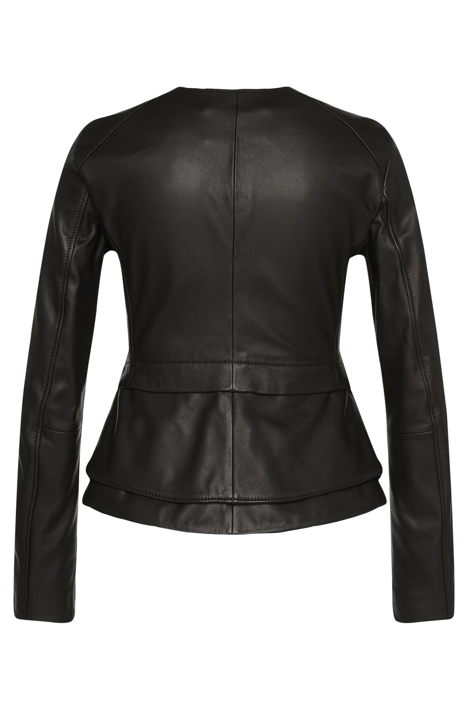 Taillierte Lederjacke mit Schößchen-Detail: 'Sarimy'