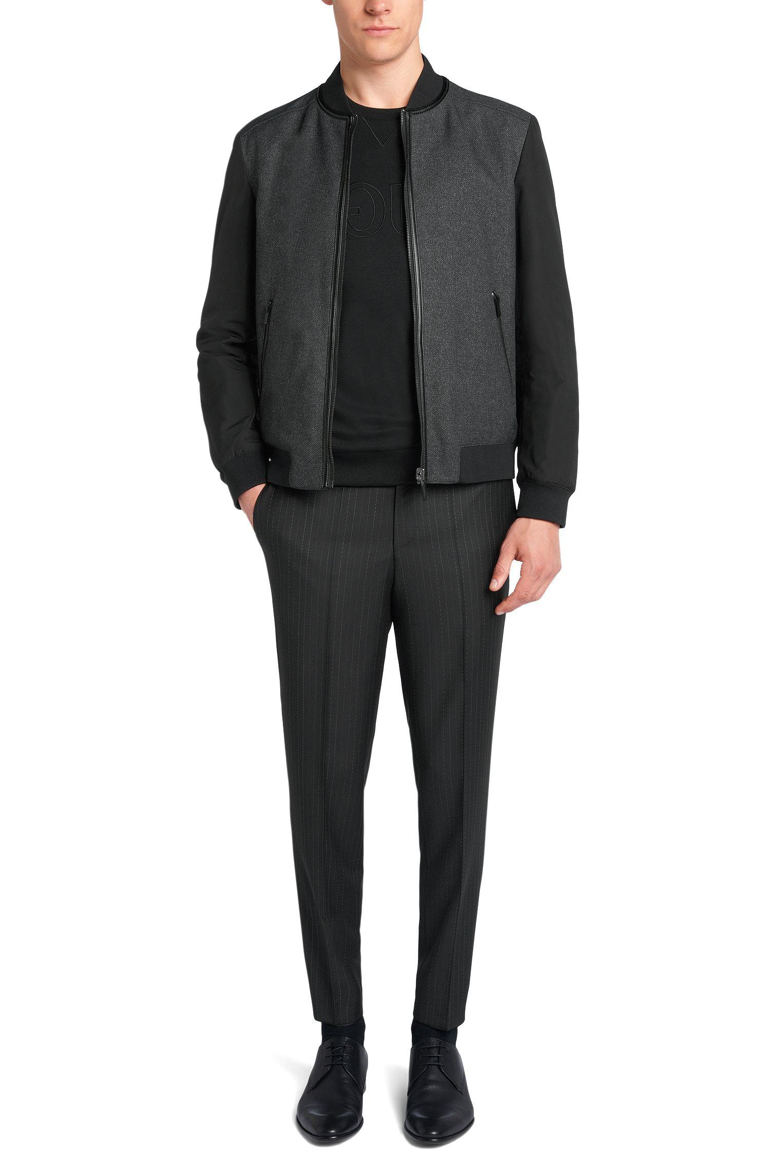Tweezijdig te dragen jas van een waterafstotende stof: 'Bavot1'