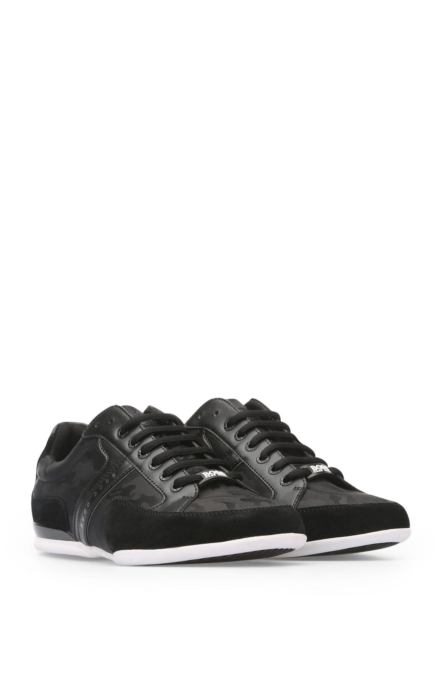 Sneakers aus einem Material-Mix mit Velours und Textil: ´Space_Lowp_nyjq`