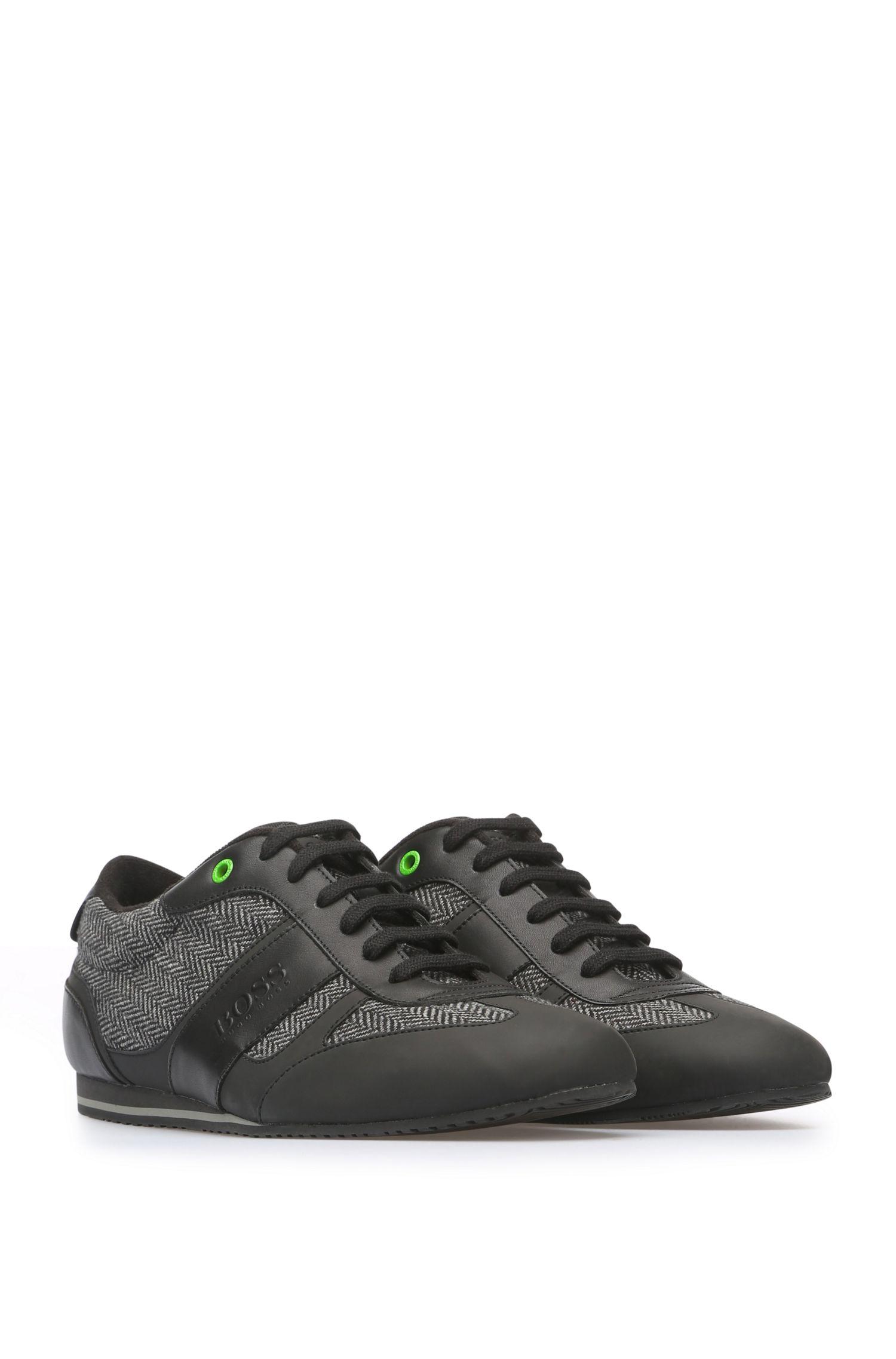 Sneakers aus einem Material-Mix mit Leder und Textil: ´Lighter_Lowp_cohr`