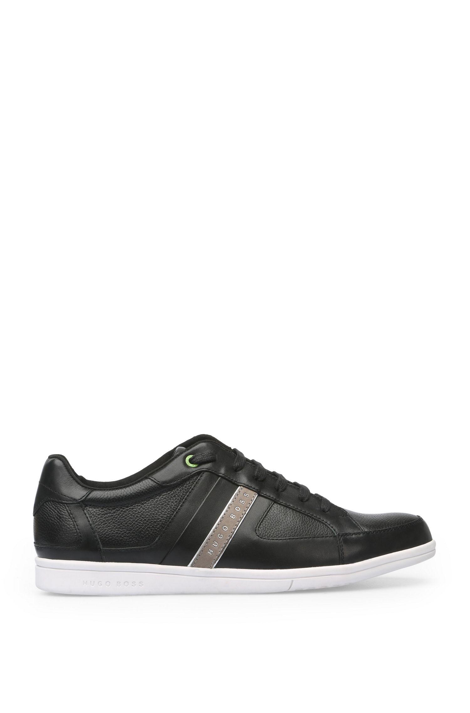 Sneakers in pelle liscia con suola a contrasto: 'Metro_Tenn_ltgr'