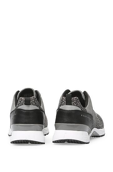 Sneakers mit gestricktem Textil und Leder: ´Velocity_Runn_sykn`, Grau