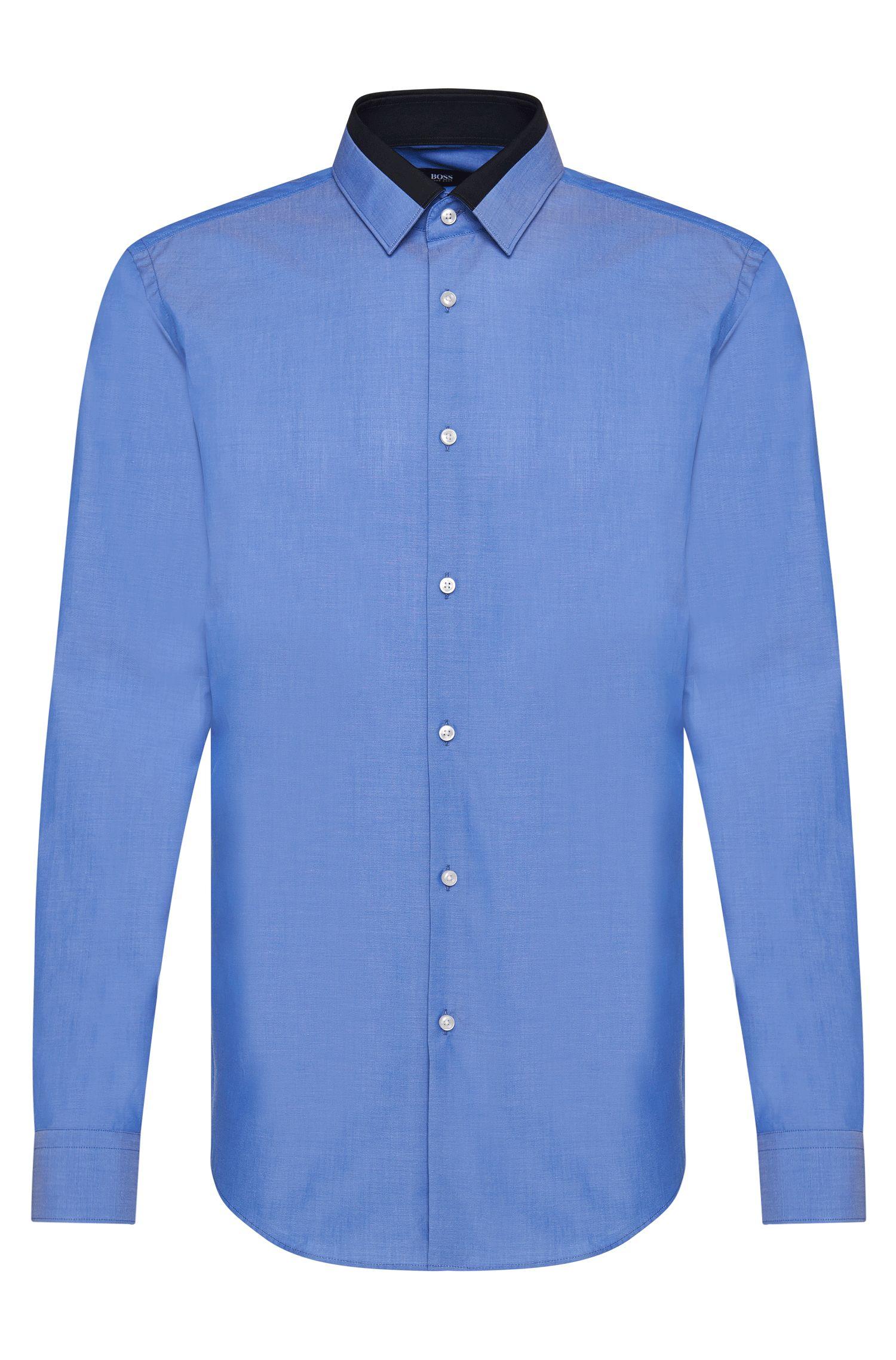 Chemise Slim Fit en pur coton ornée de détails en contraste: «Jarret»