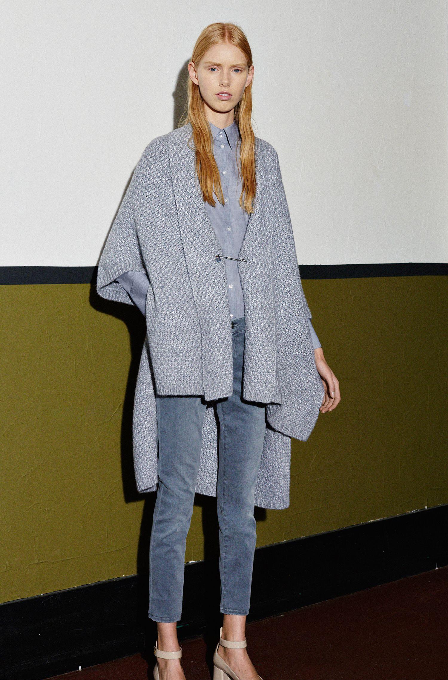 Veste en maille à manches courtes et à col châle, avec de la laine et de l'alpaga: «Sueanne»