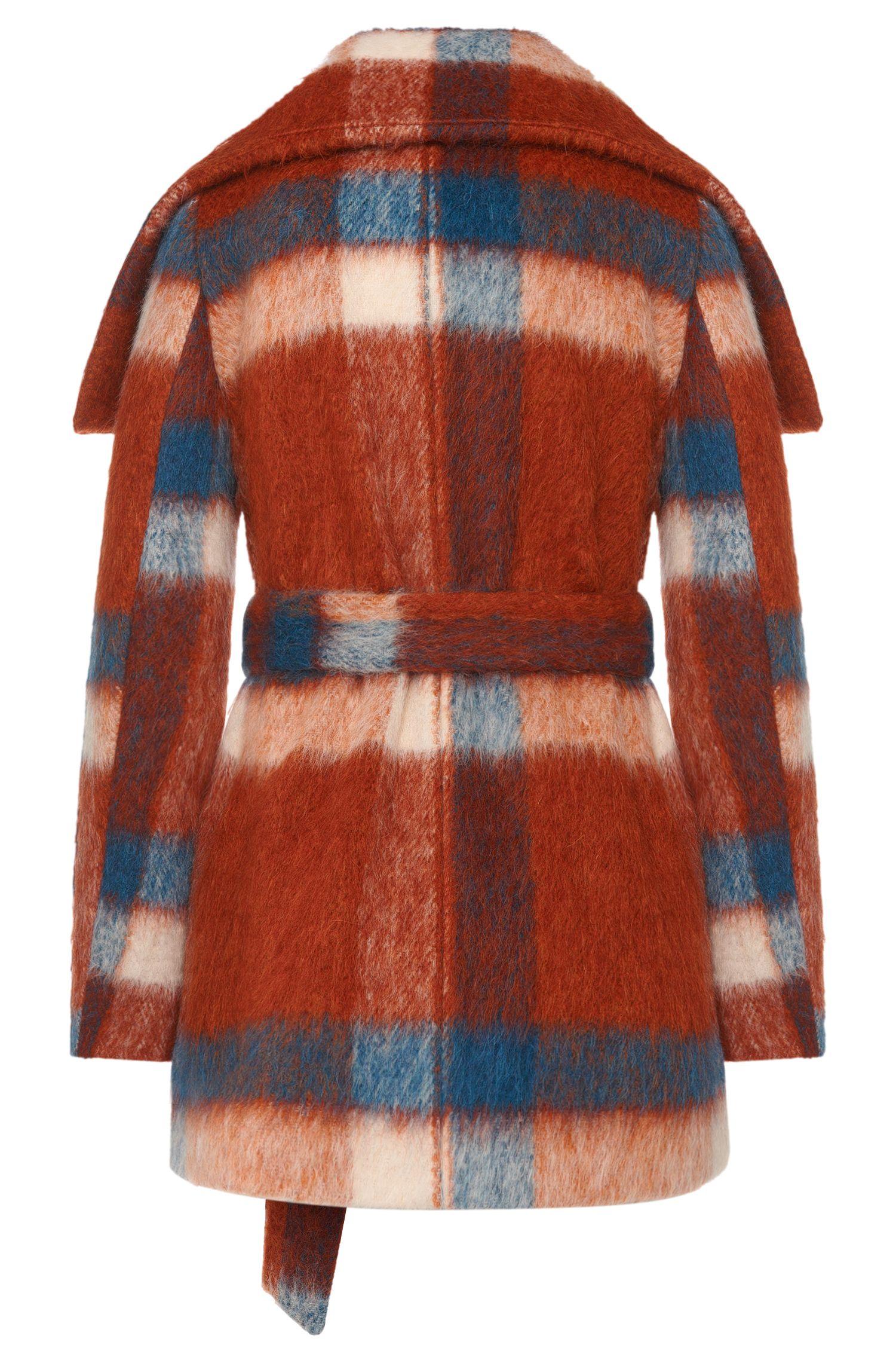Manteau court en laine mélangée à teneur en mohair et alpaga: «Falines»