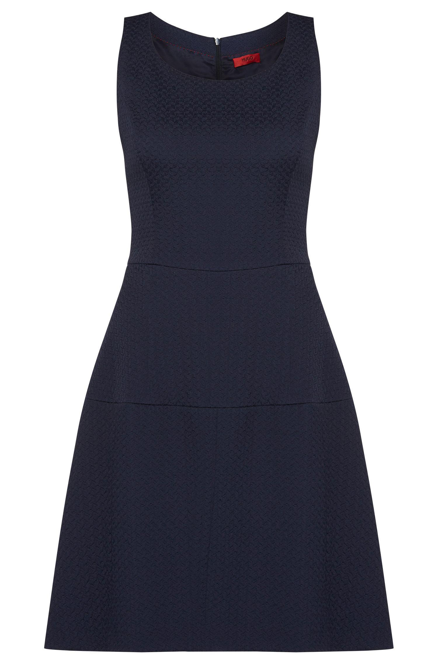 Getailleerde jurk van een katoenmix met fijne structuur: 'Kine-1'