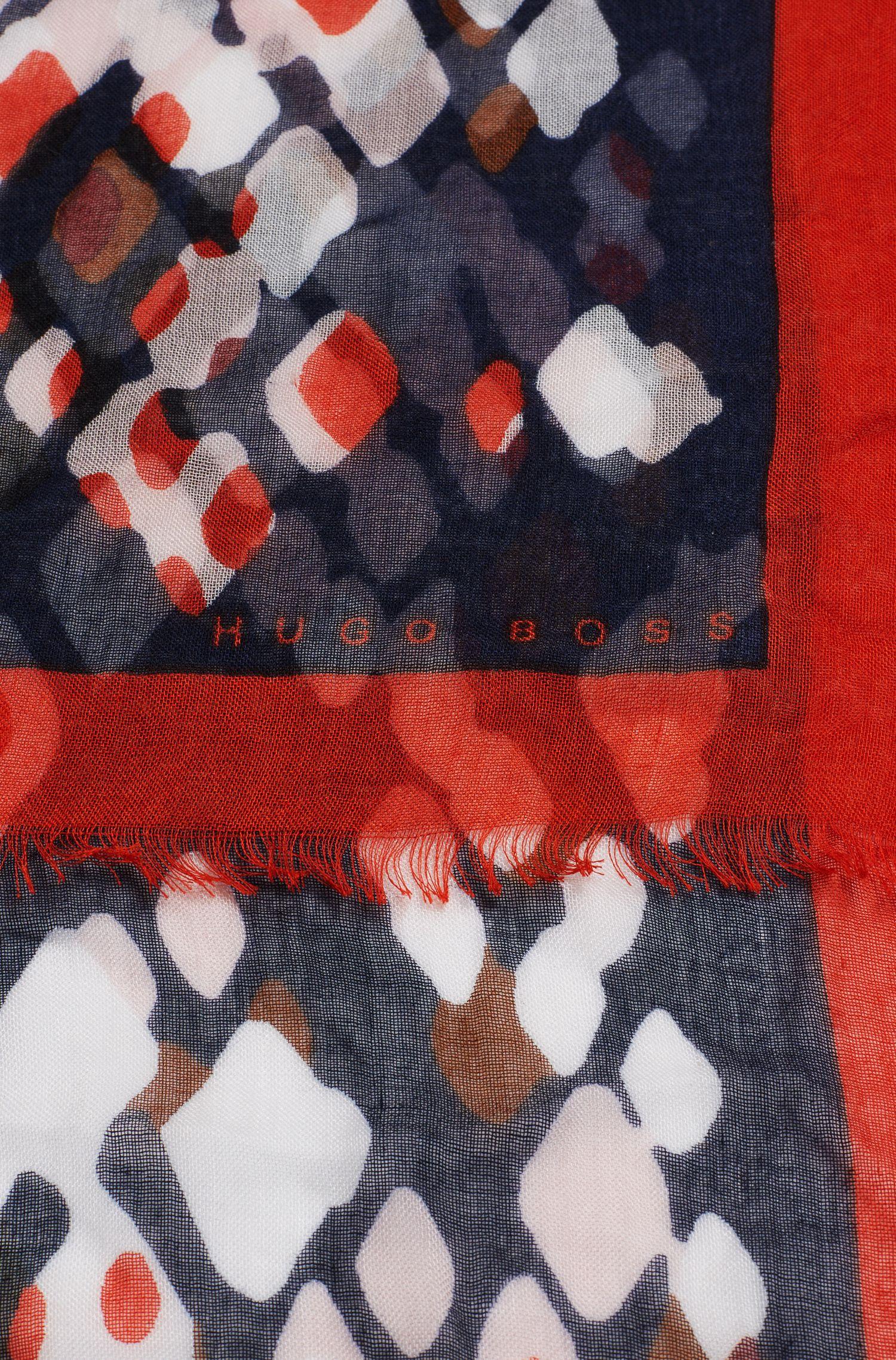 Gemustertes Tuch aus Modal: 'Laurena'