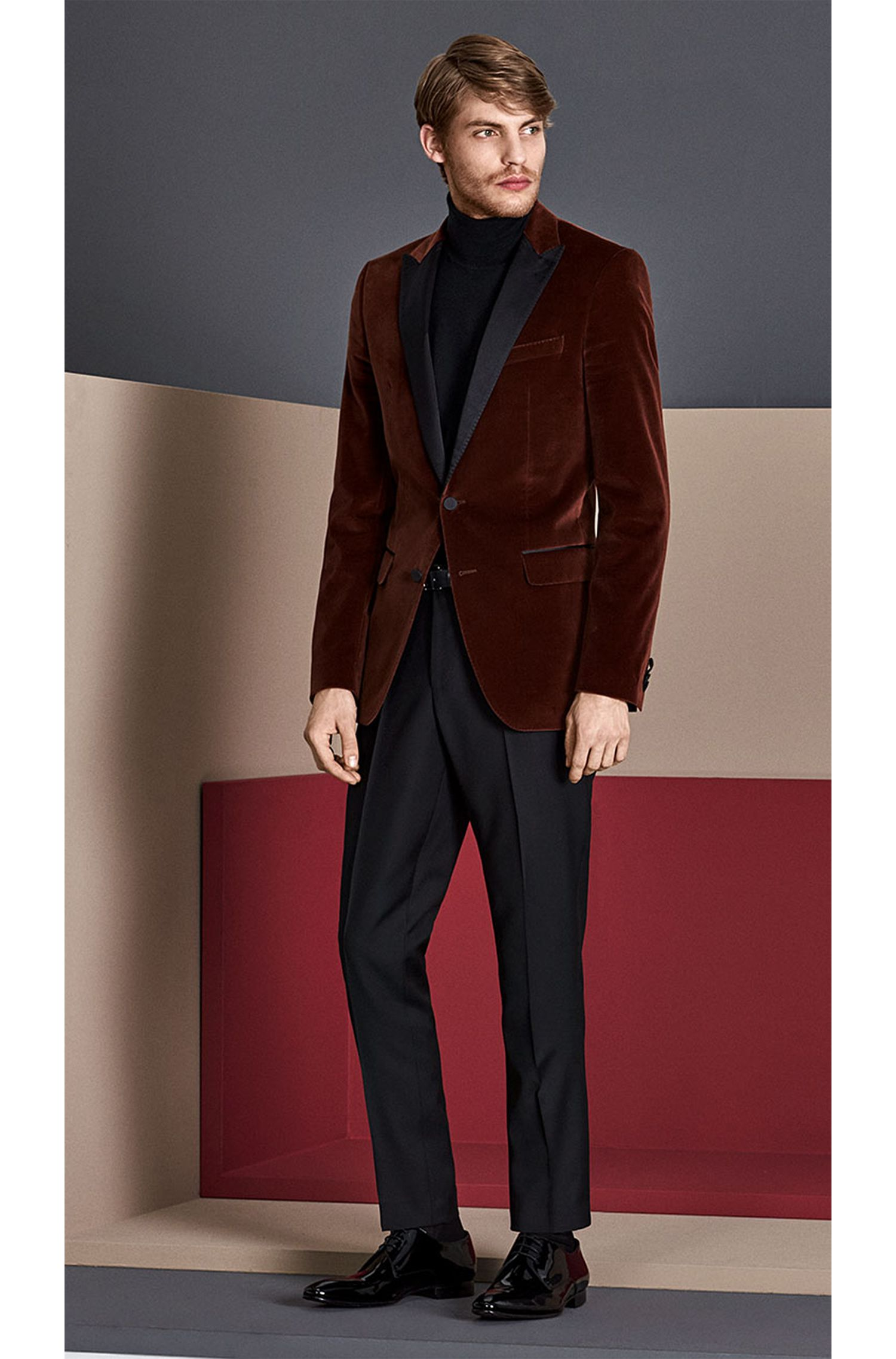 Unifarbene Regular-Fit Hose aus Schurwolle: 'Lightning'