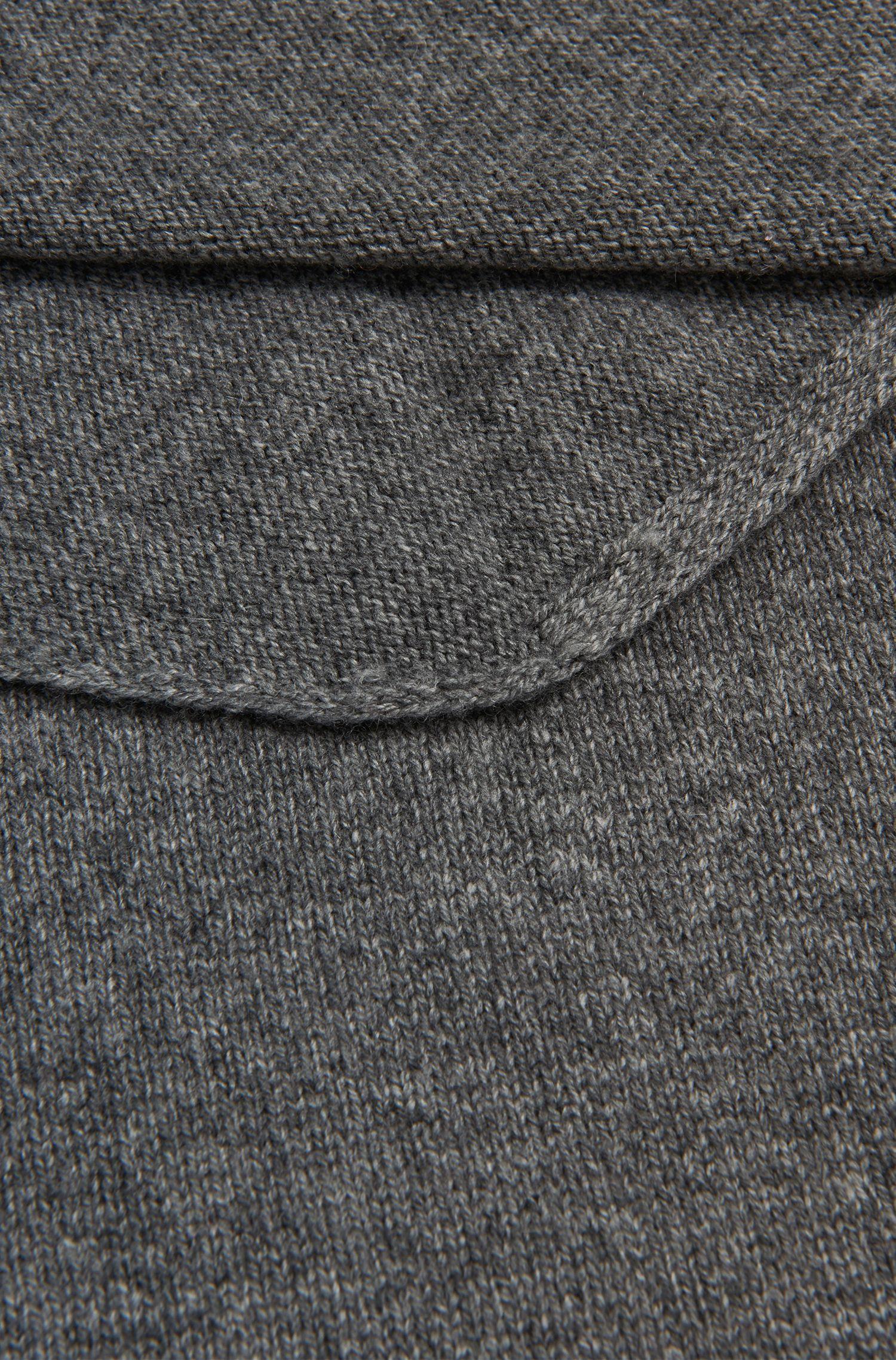 Écharpe en laine vierge mélangée à de la laine de yak et du cachemire: «Leelo»