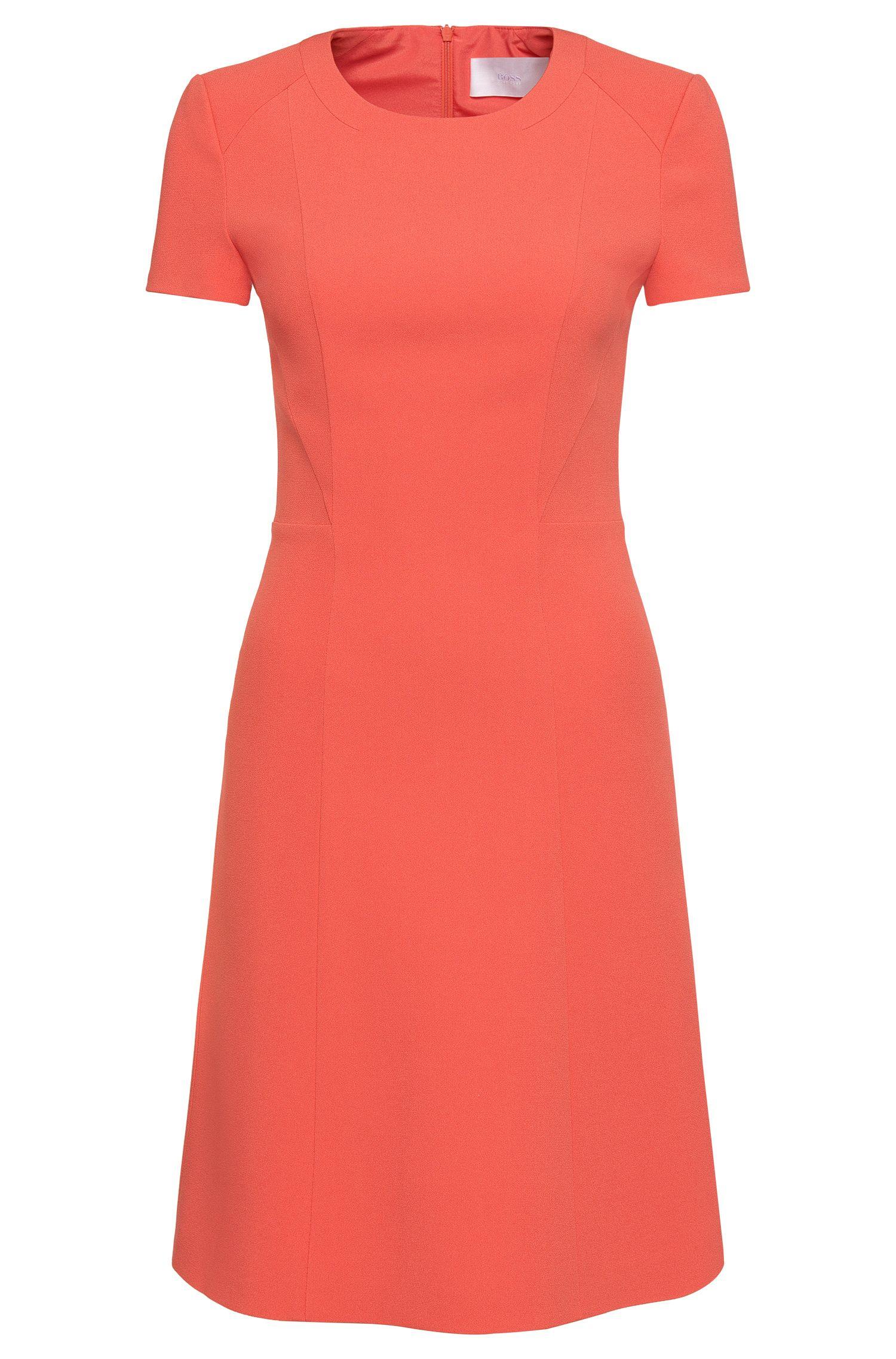 Unifarbenes, tailliertes Kurzarm-Kleid: 'Dipela'