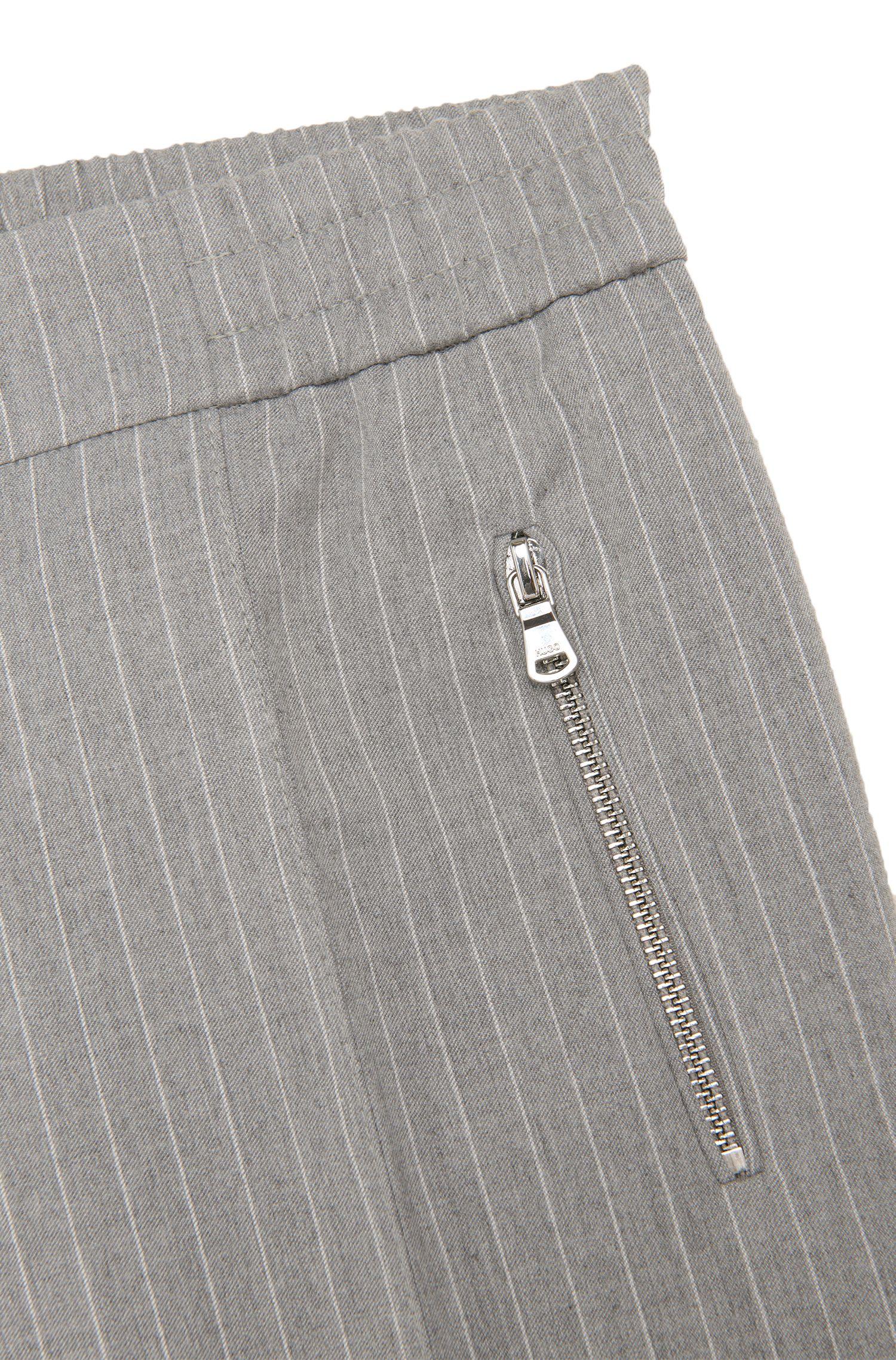 Fein gestreifte Hose mit Elastikbund aus Material-Mix mit Schurwolle: 'Himoni'
