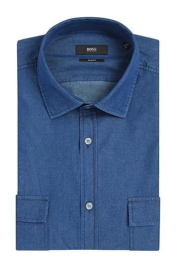 Slim-Fit Jeanshemd aus Baumwolle mit aufgesetzten Brusttaschen: 'Jesk', Hellblau