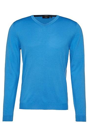 Slim-Fit Pullover aus Schurwolle in Feinstrick-Qualität: 'Baku-B', Hellblau