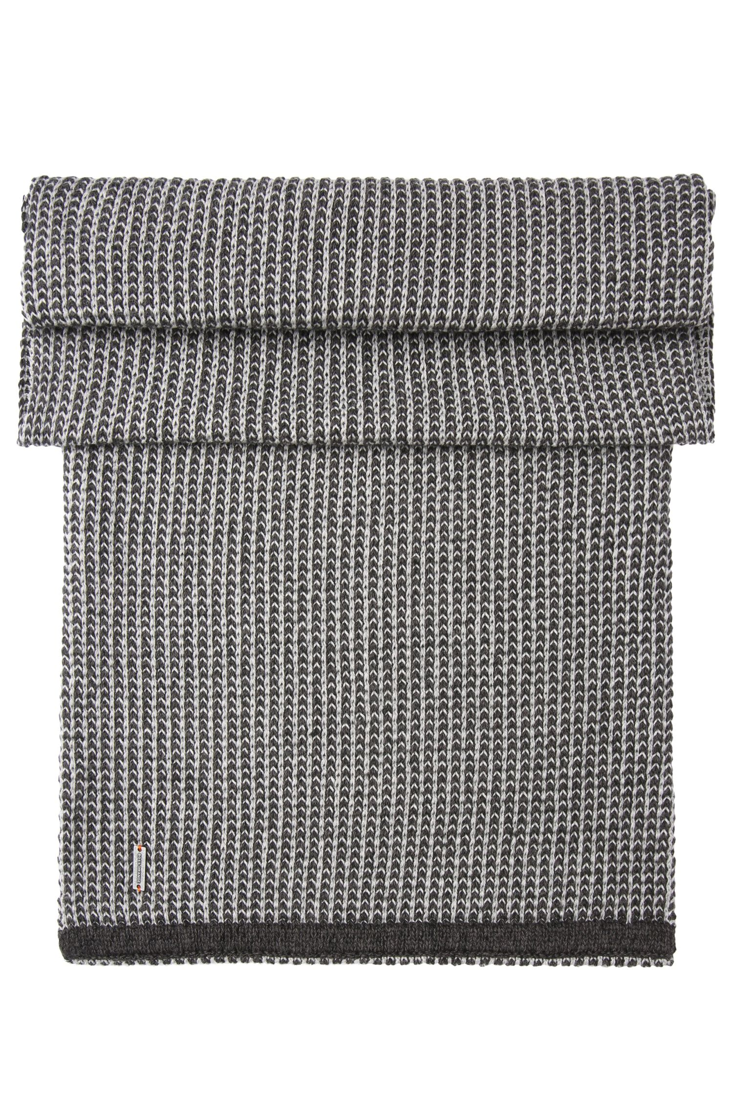 Knitted loop scarf in cotton: 'Kerus'