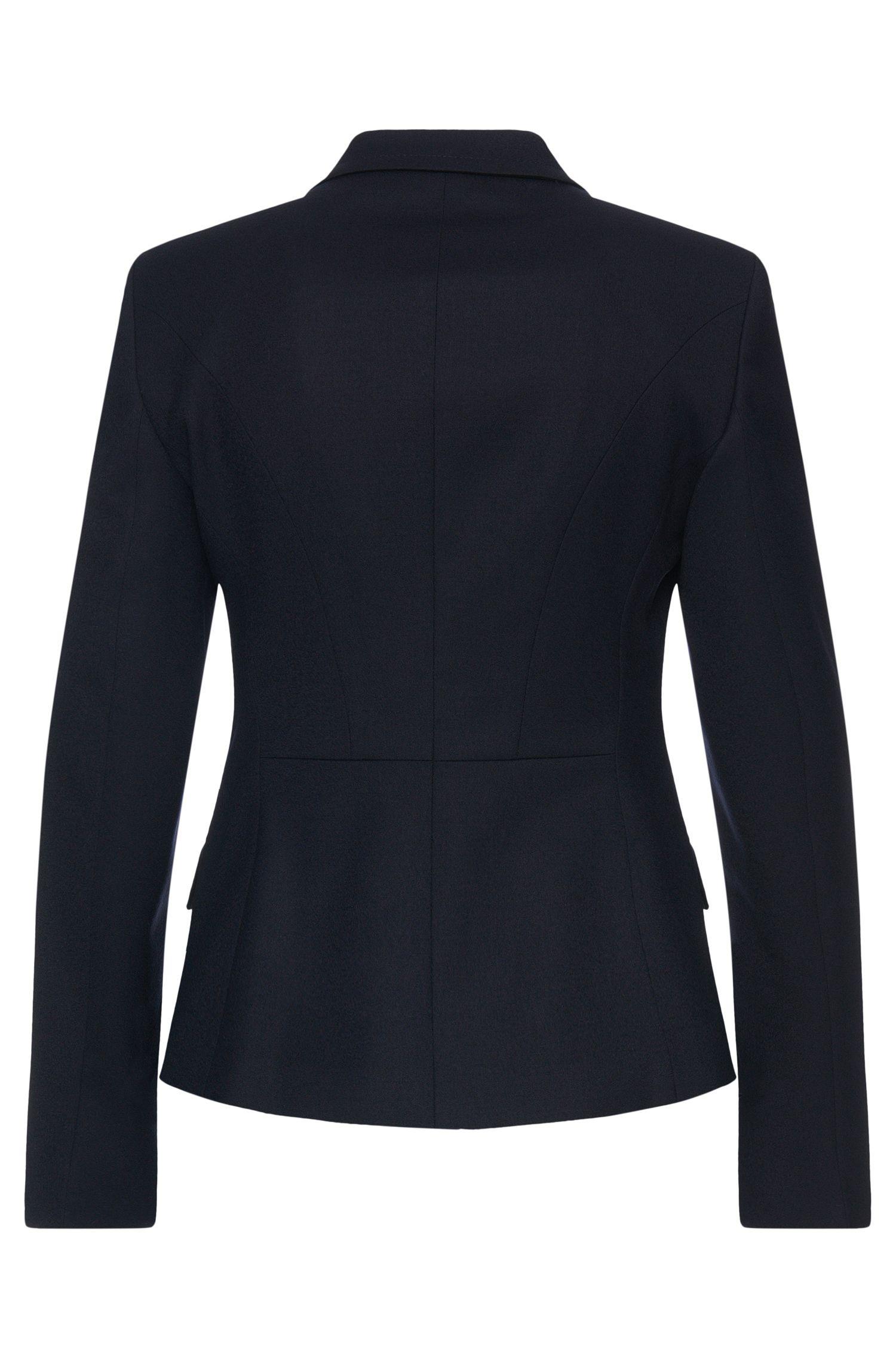 Getailleerde blazer van elastische scheerwol: 'Jobina'