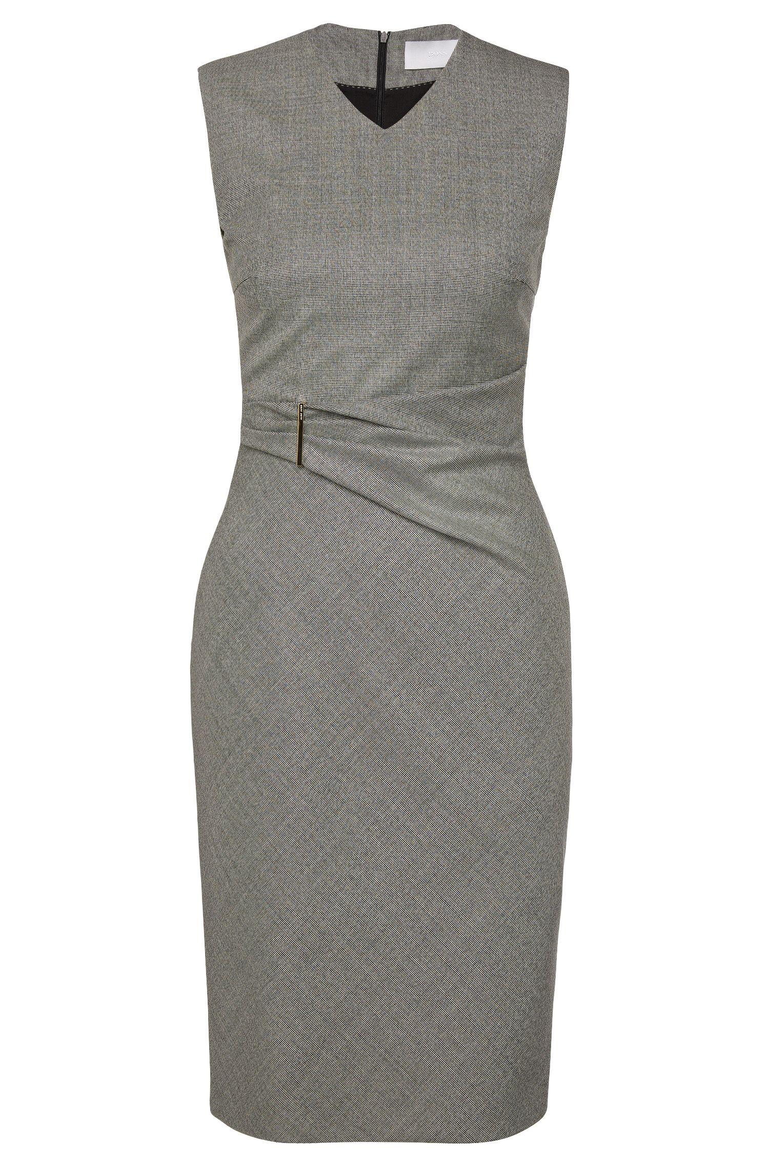 Geruite etui-jurk van scheerwol met stretch: 'Dakirsa'