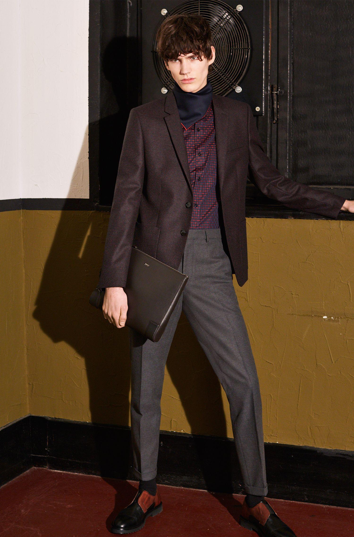Einstecktuch aus Wolle mit kontrastfarbenen Rändern: 'Pocketsquare 33x33cm'
