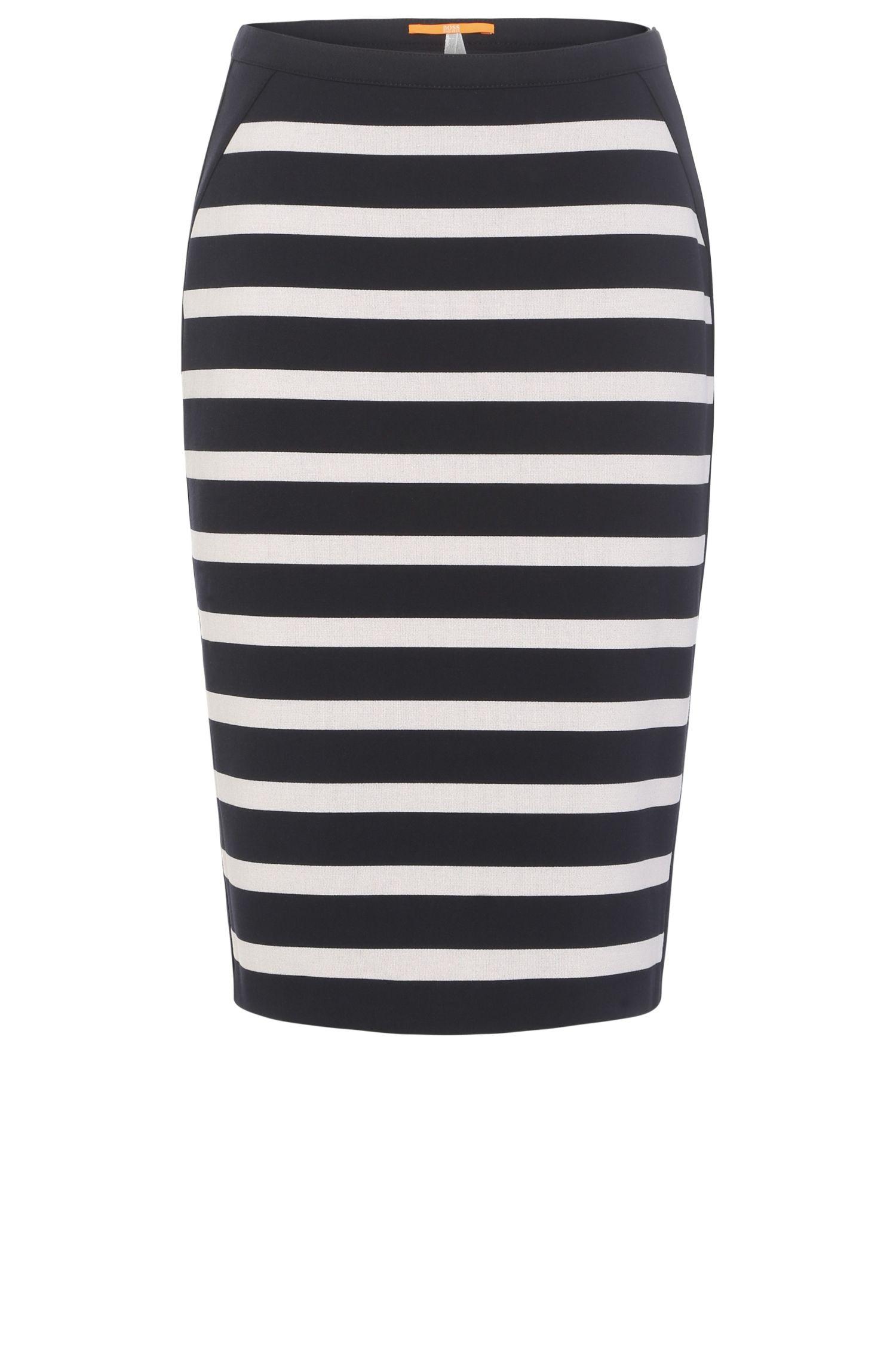 Gestreepte slim-fit rok van een elastische materiaalmix met viscose: 'Balanja'