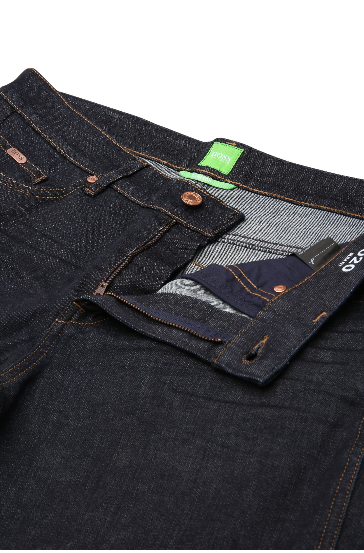 Slim-Fit Jeans aus texturierter Stretch-Baumwolle: ´C-DELAWARE1`