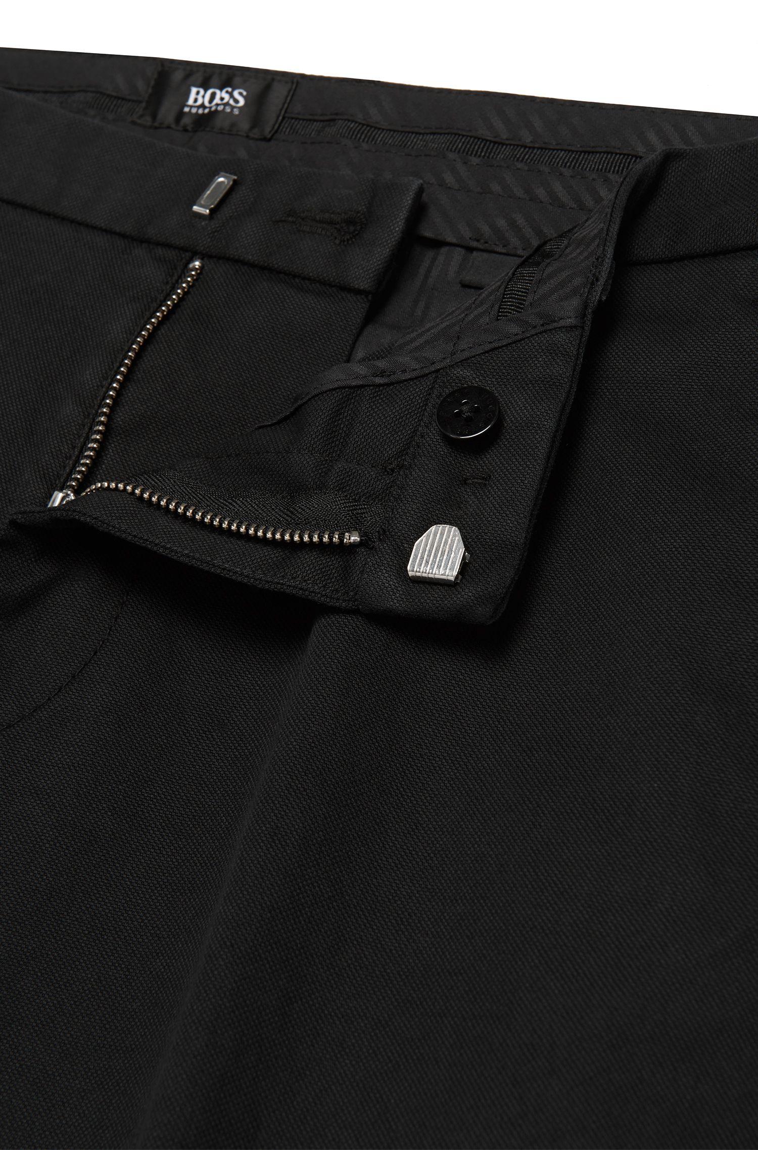 Slim-Fit Chino aus Stretch-Baumwolle dezentem Struktur-Muster: 'Kaito3-5-W'